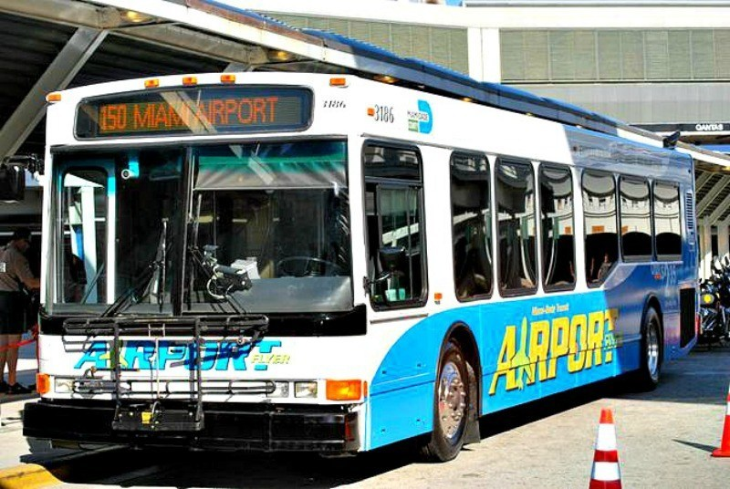 Miami-Airport-Flyer-Bus.jpg