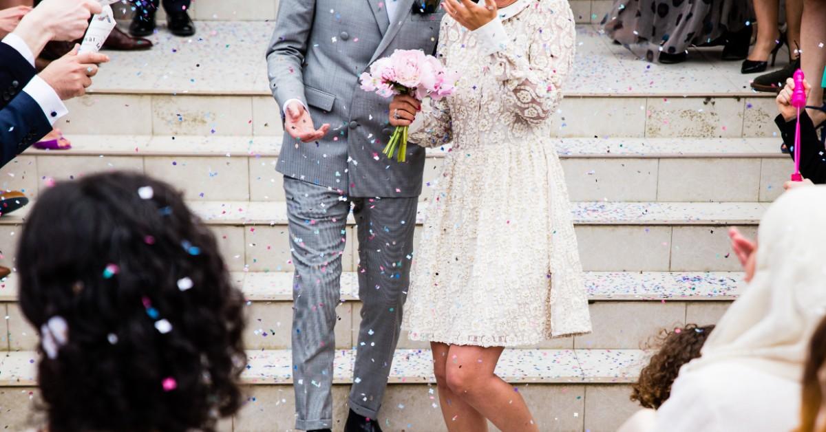 rent-a-charter-bus-for-wedding.jpg