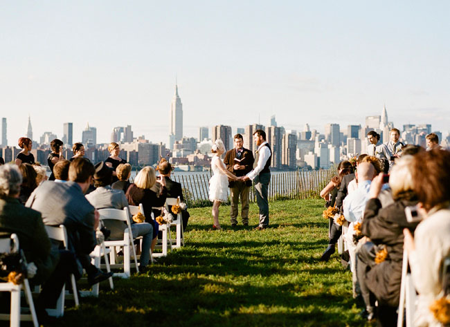 rent-a-bus-for-wedding-jecey-city.jpg