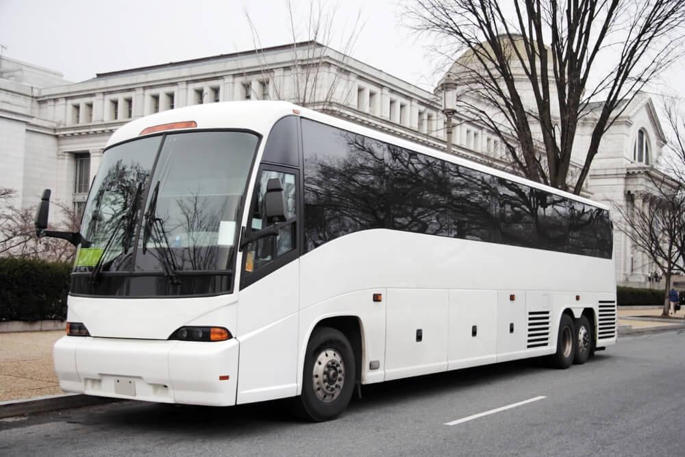 rent-a-bus-for-church-trips.jpg