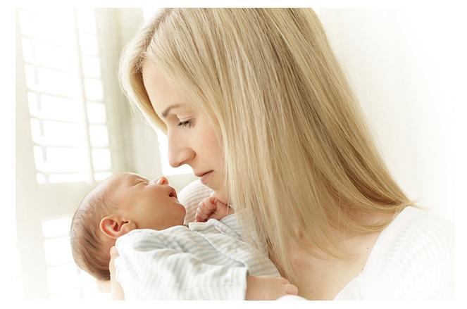Newborn baby and mum.jpg