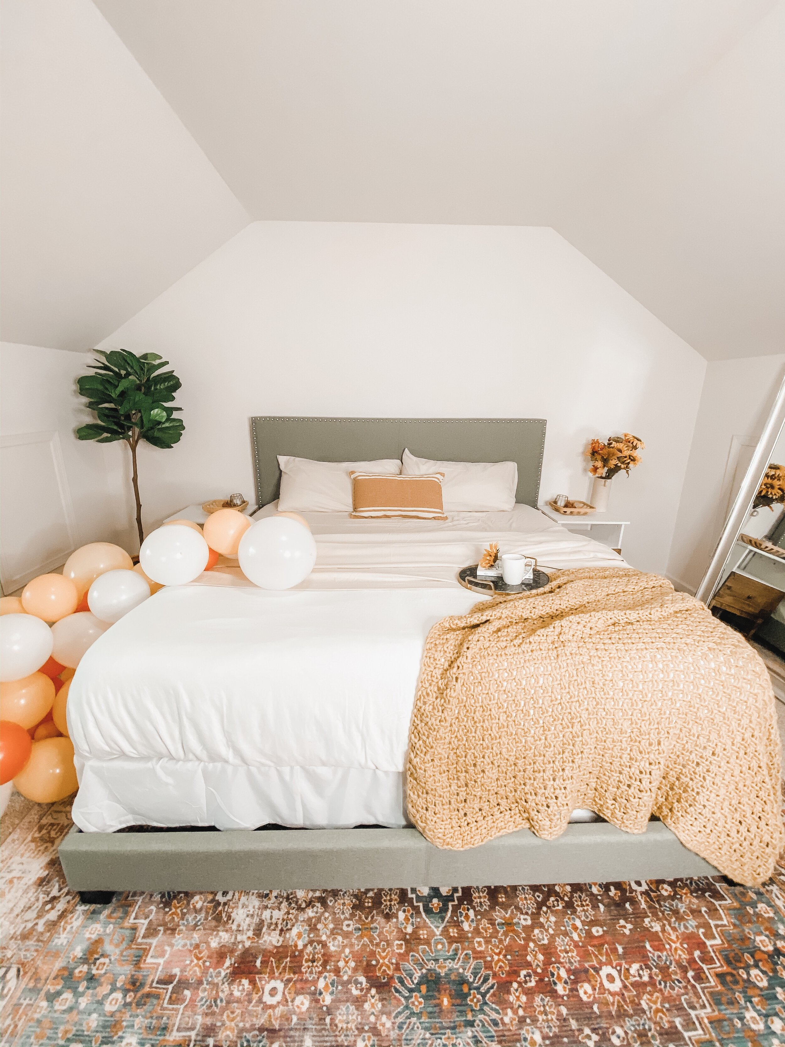 Cozy Fall Bedroom Decor - Being Summer Shores