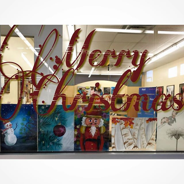 Happy Holidays & Merry Christmas from the art room! 🎁