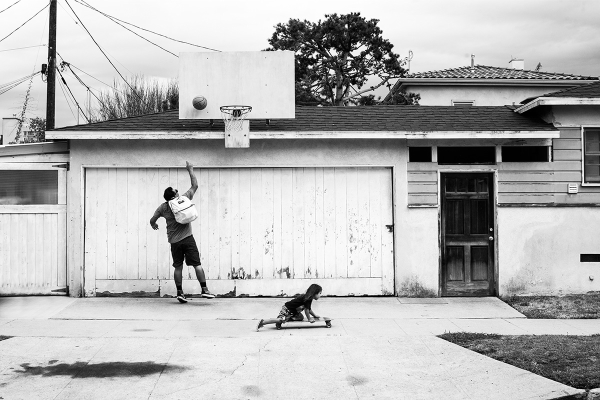 Street Ball, Father and Daughter Basketball, San Francisco, California CA, United States by Leica Photographer Manuel Guerzoni