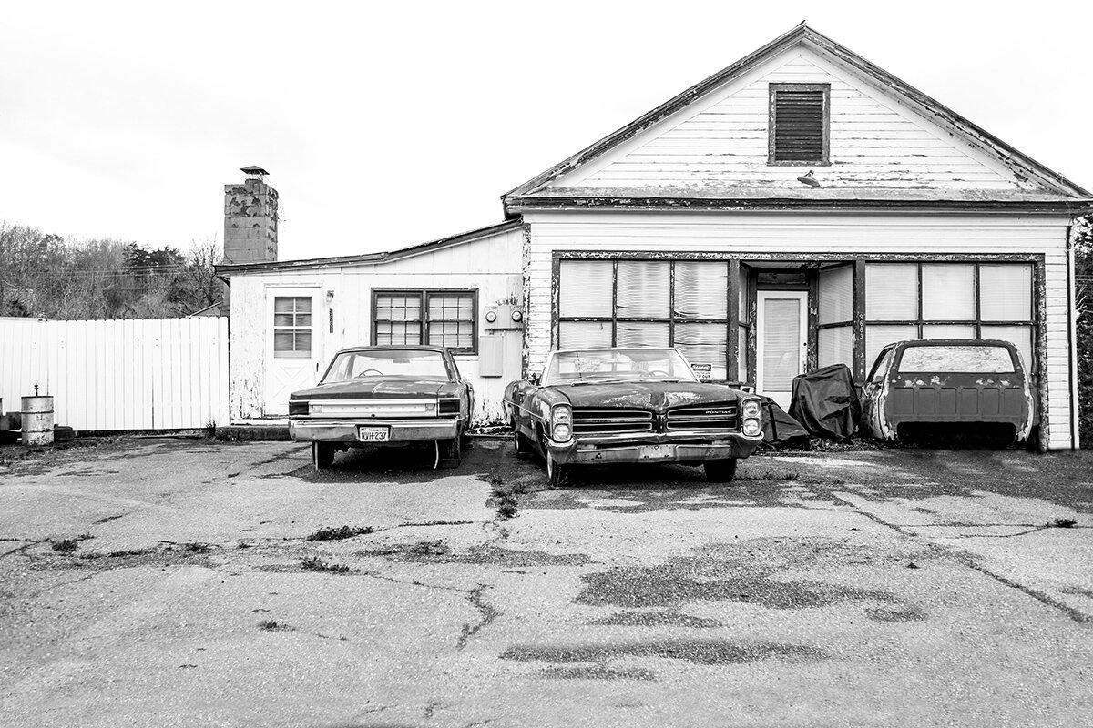 1966 Pontiac Catalina, Wilson Springs, Virginia, VA, USA by Leica Photographer Manuel Guerzoni