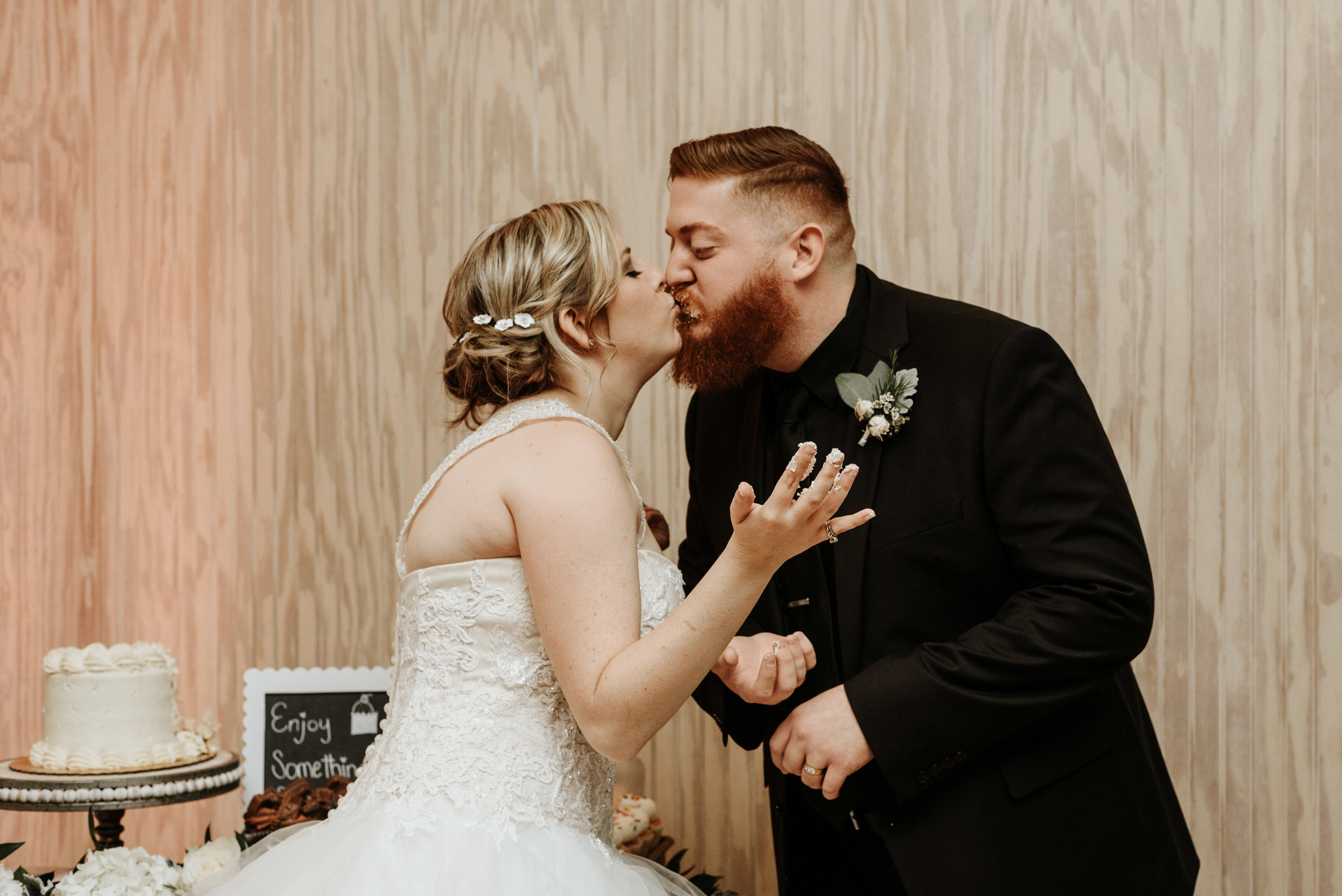 Lauren-Bobby-Wedding-Previews-7822.jpg