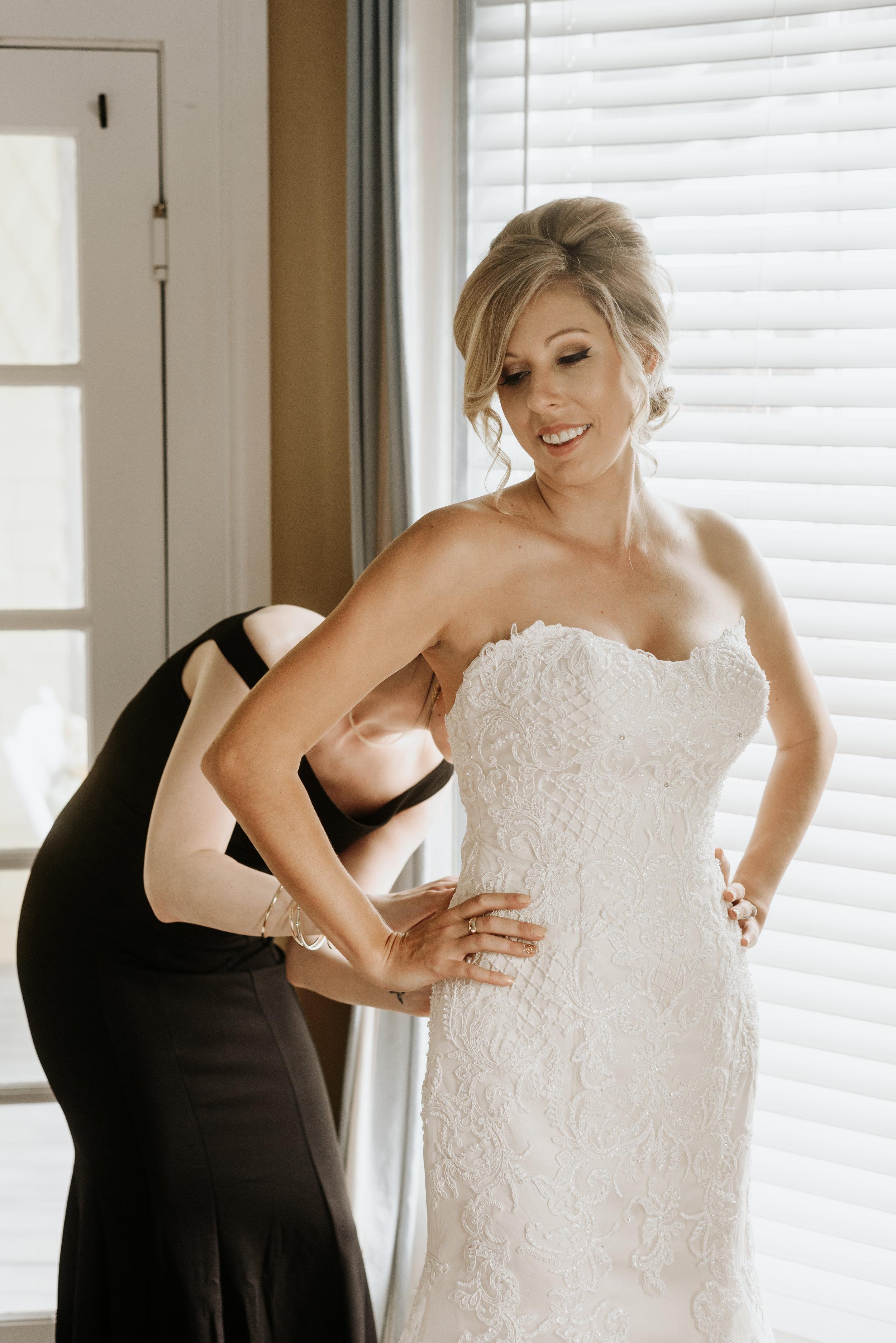 Mandy-Brad-Wedding-Previews-2305.jpg