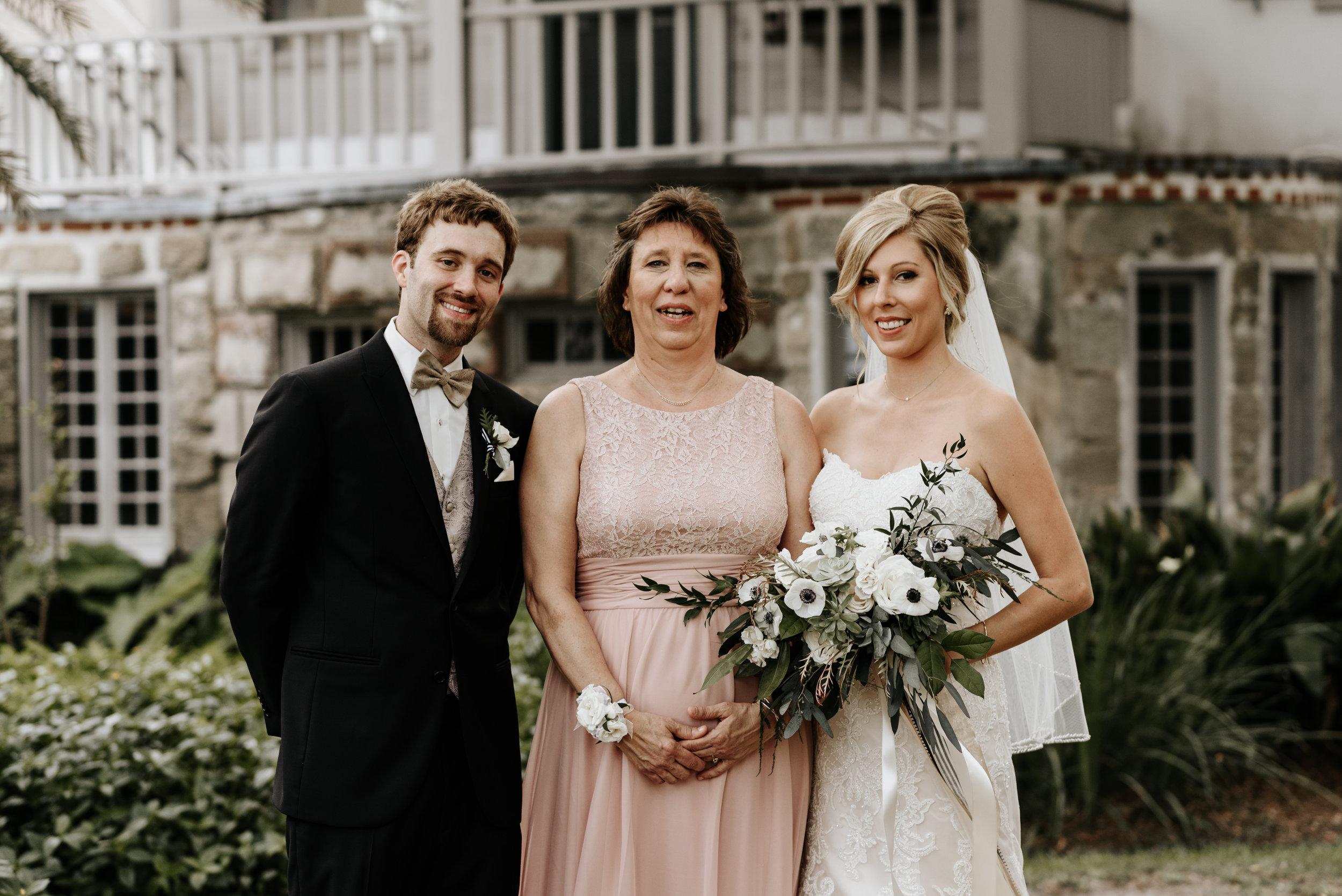 Mandy-Brad-Wedding-Previews-0469.jpg