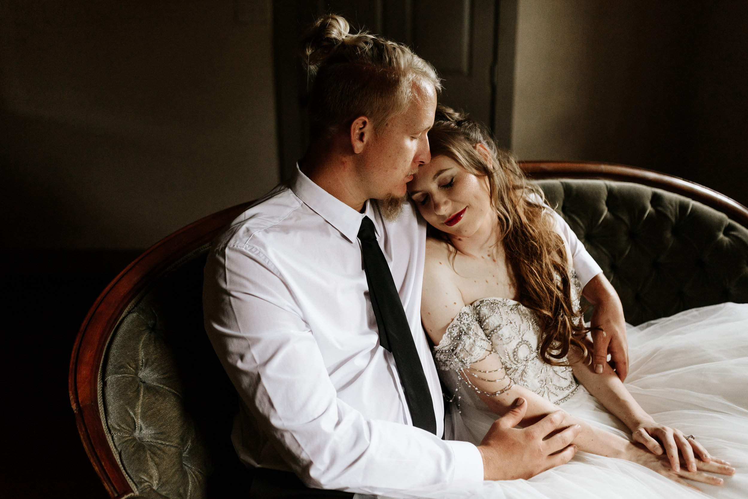 Grant-Station-Styled-Shoot-Whimsical-Moody-Fairytale-Wedding-Photography-by-V-9634.jpg