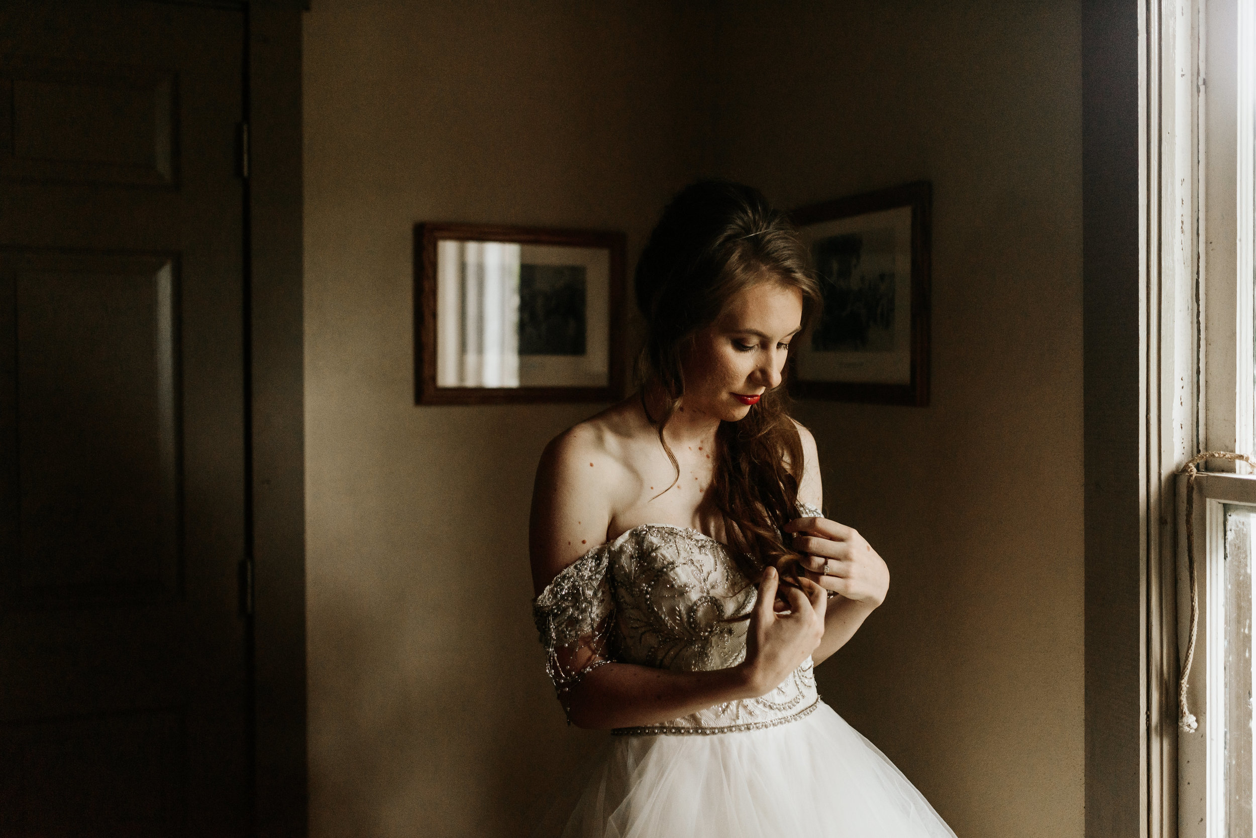 Grant-Station-Styled-Shoot-Whimsical-Moody-Fairytale-Wedding-Photography-by-V-9673.jpg
