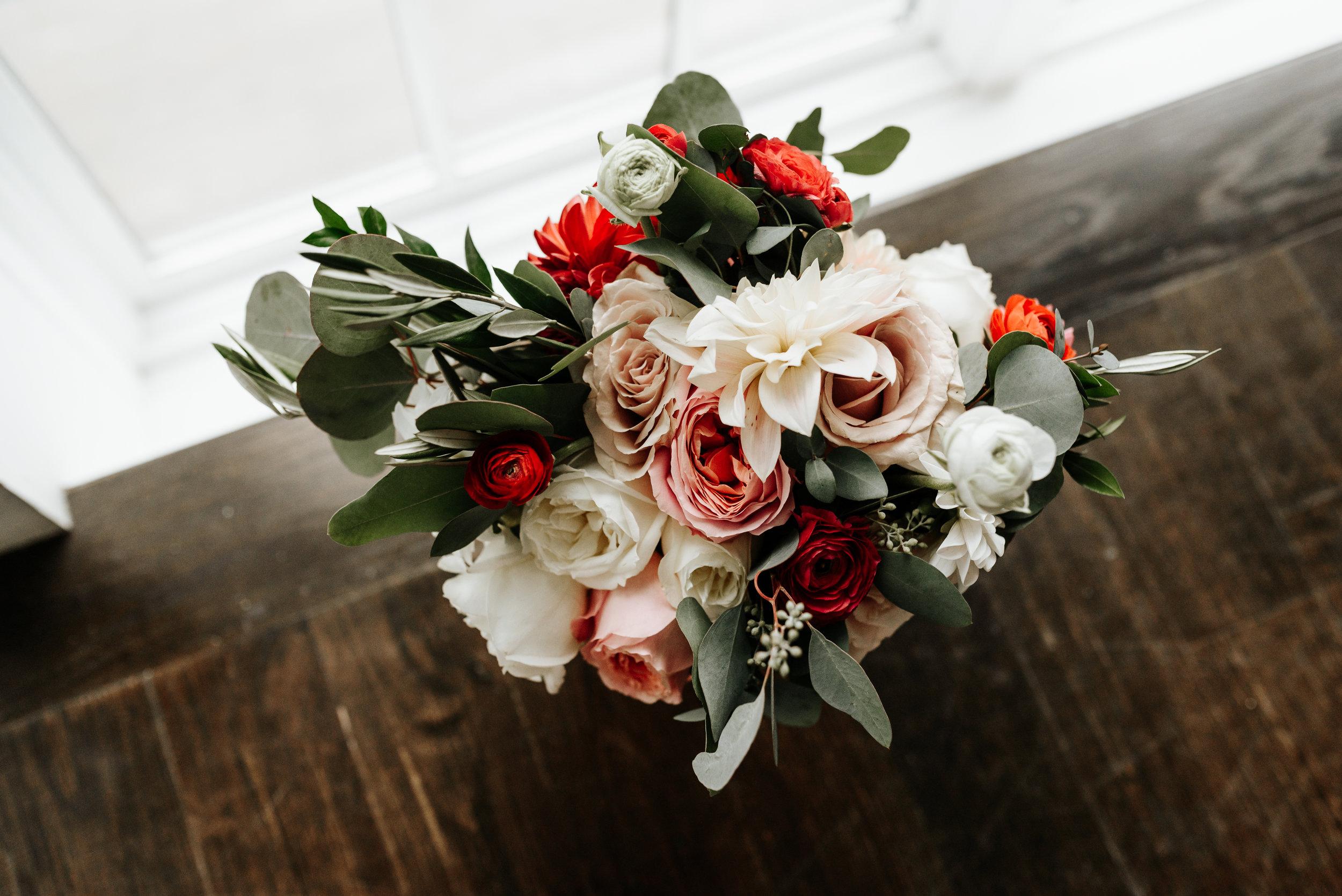 Veritas-Vineyards-and-Winery-Wedding-Photography-Afton-Virginia-Yasmin-Seth-Photography-by-V-9036.jpg