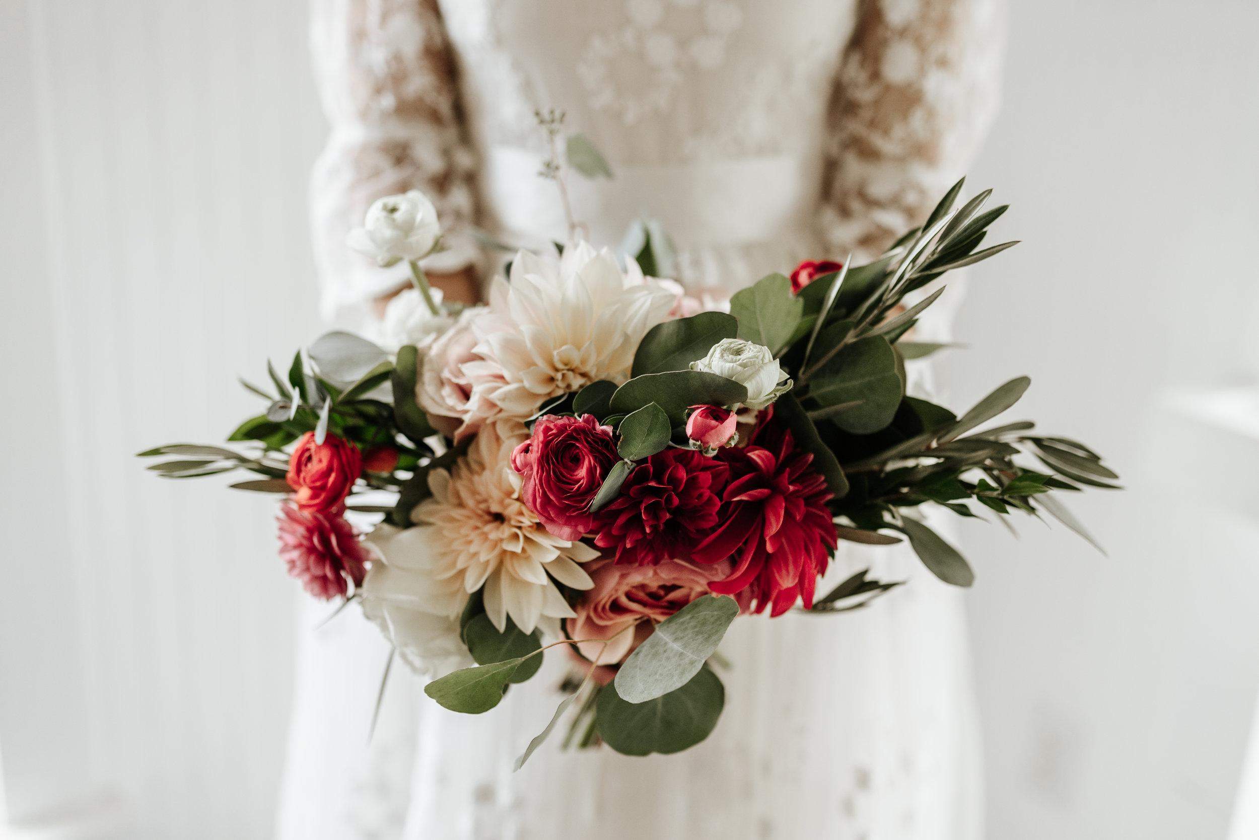 Veritas-Vineyards-and-Winery-Wedding-Photography-Afton-Virginia-Yasmin-Seth-Photography-by-V-9183.jpg