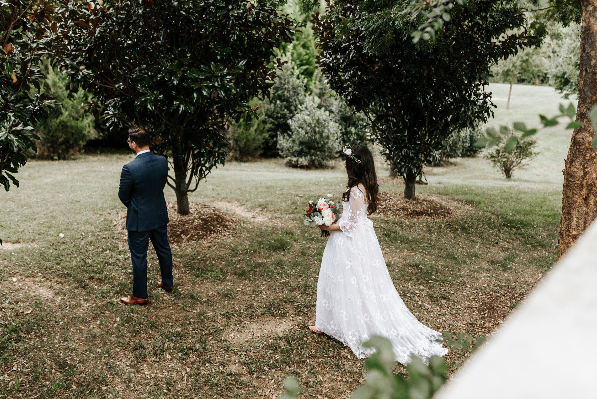 Veritas-Vineyards-and-Winery-Wedding-Photography-Afton-Virginia-Yasmin-Seth-Photography-by-V-9237.jpg