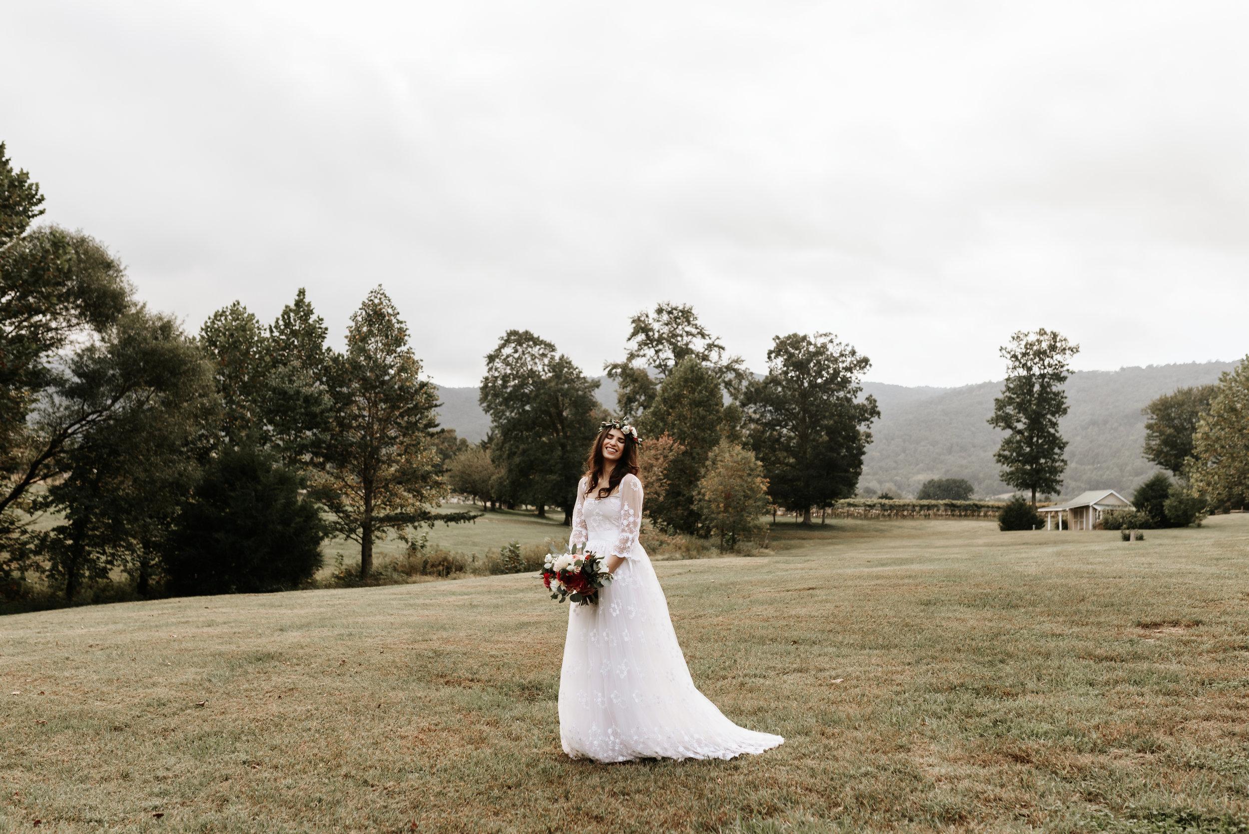 Veritas-Vineyards-and-Winery-Wedding-Photography-Afton-Virginia-Yasmin-Seth-Photography-by-V-9429.jpg