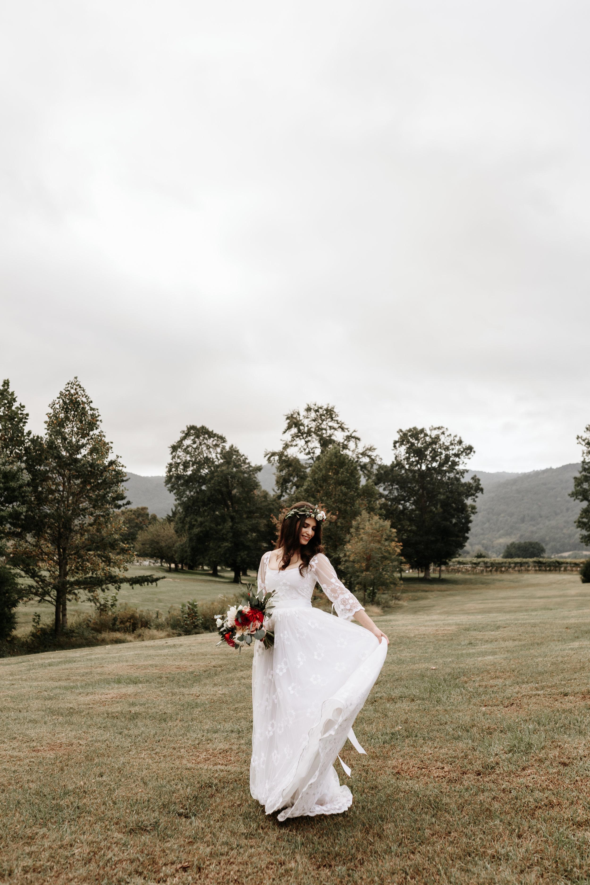 Veritas-Vineyards-and-Winery-Wedding-Photography-Afton-Virginia-Yasmin-Seth-Photography-by-V-9450.jpg