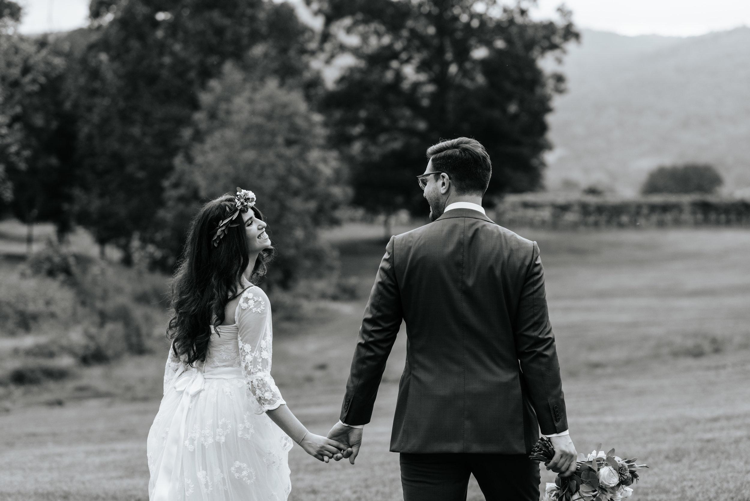 Veritas-Vineyards-and-Winery-Wedding-Photography-Afton-Virginia-Yasmin-Seth-Photography-by-V-2589.jpg