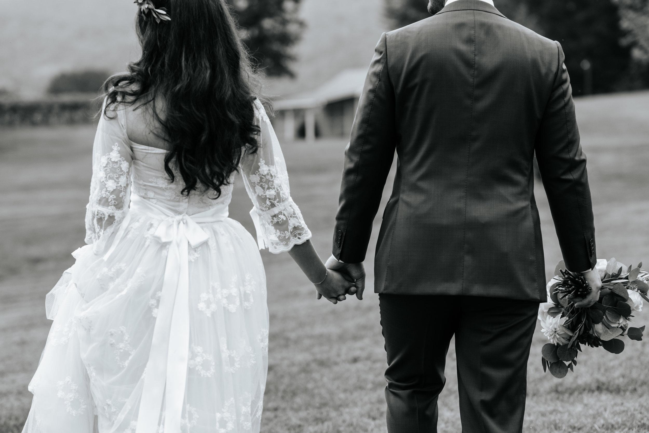 Veritas-Vineyards-and-Winery-Wedding-Photography-Afton-Virginia-Yasmin-Seth-Photography-by-V-2592.jpg