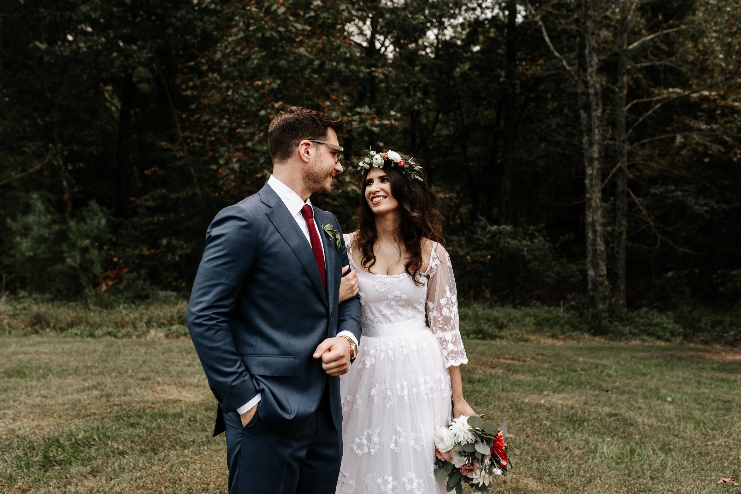 Veritas-Vineyards-and-Winery-Wedding-Photography-Afton-Virginia-Yasmin-Seth-Photography-by-V-9494.jpg