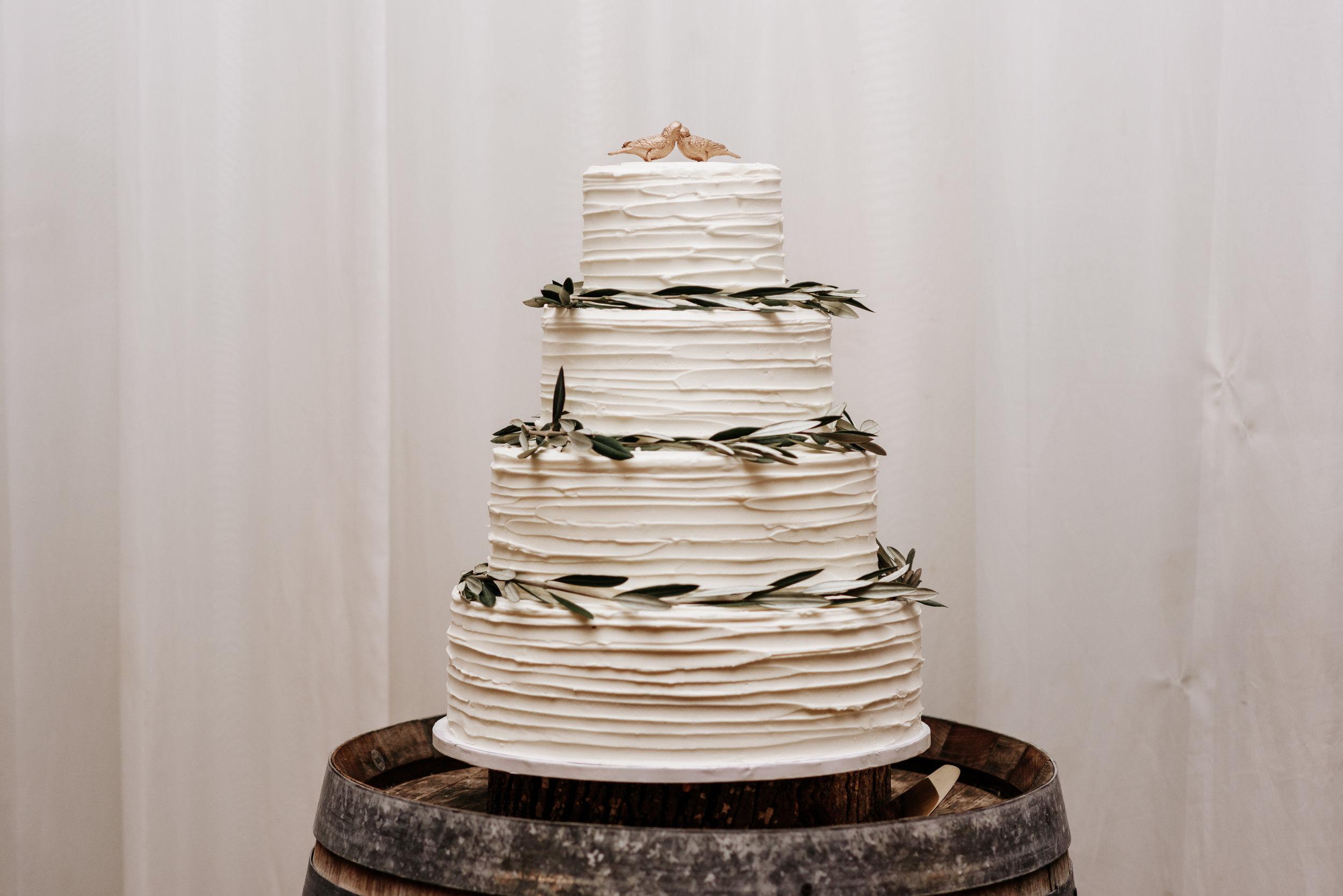 Veritas-Vineyards-and-Winery-Wedding-Photography-Afton-Virginia-Yasmin-Seth-Photography-by-V-2726.jpg