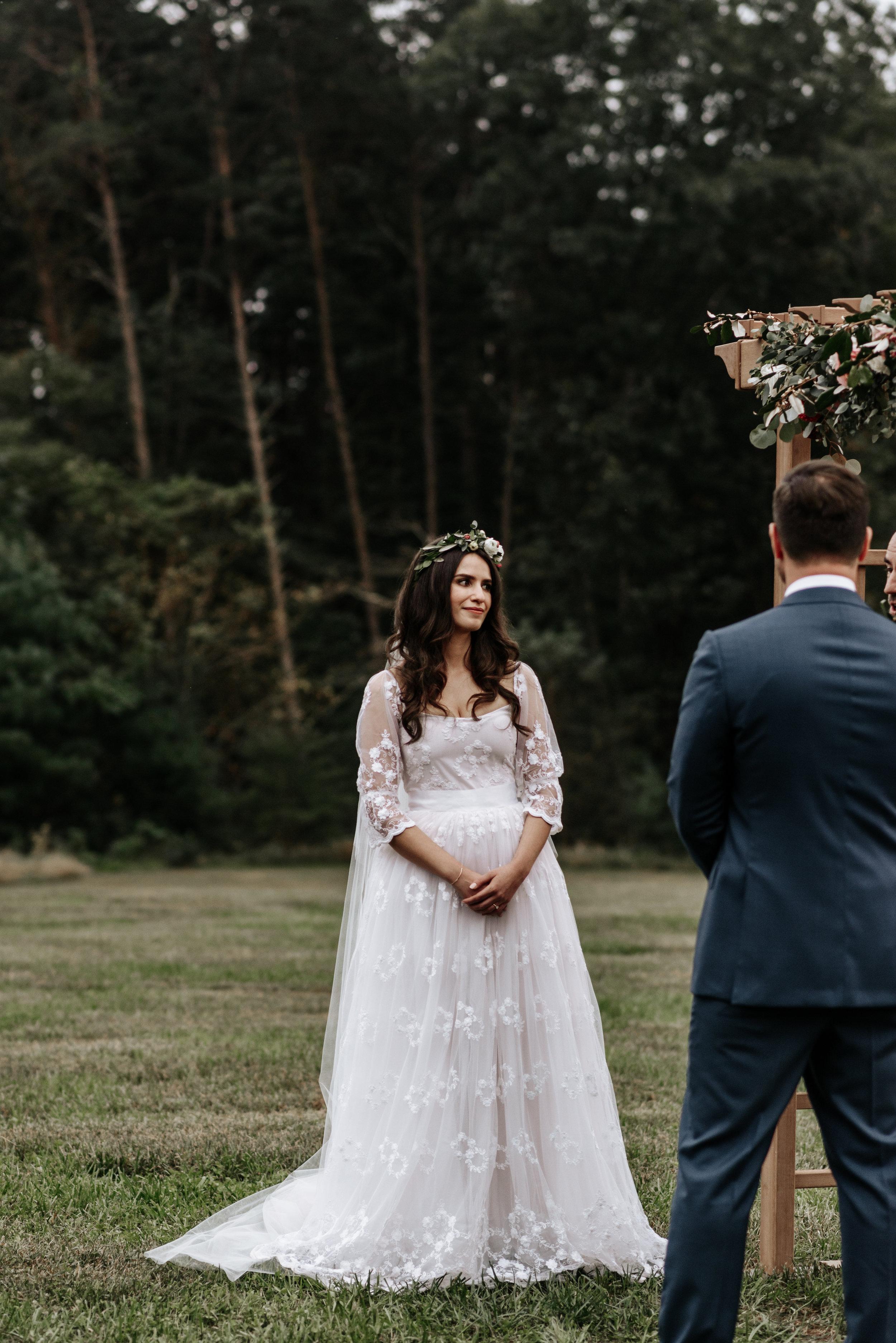Veritas-Vineyards-and-Winery-Wedding-Photography-Afton-Virginia-Yasmin-Seth-Photography-by-V-2798.jpg