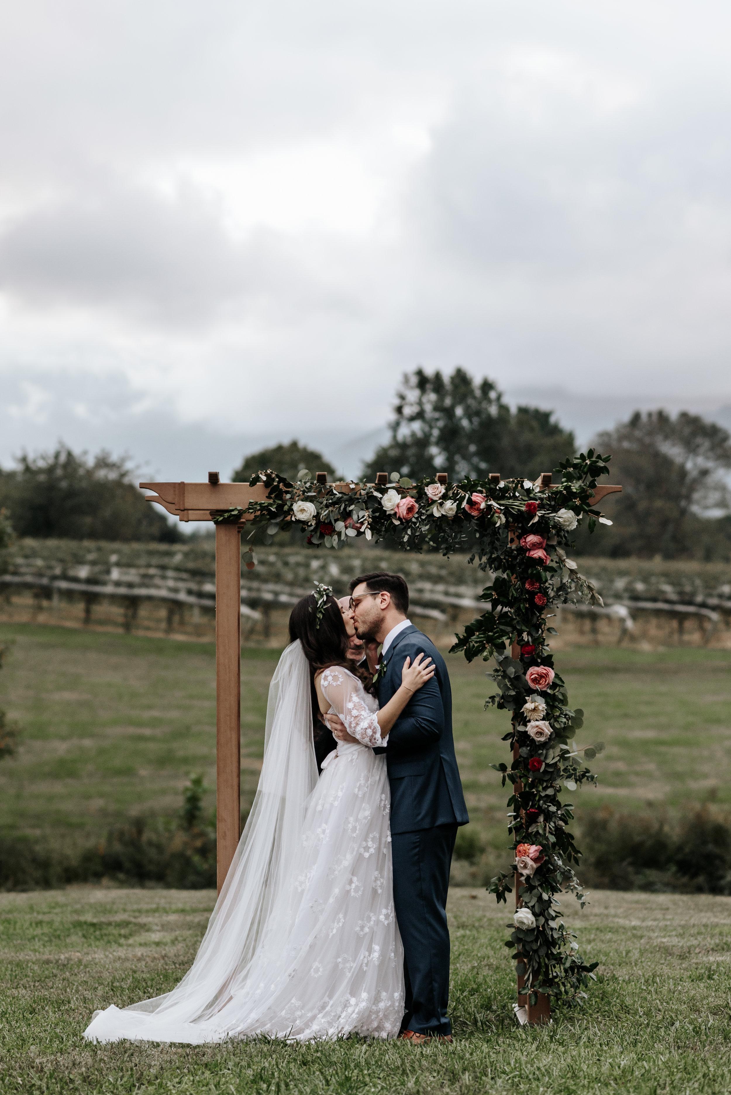 Veritas-Vineyards-and-Winery-Wedding-Photography-Afton-Virginia-Yasmin-Seth-Photography-by-V-2874.jpg