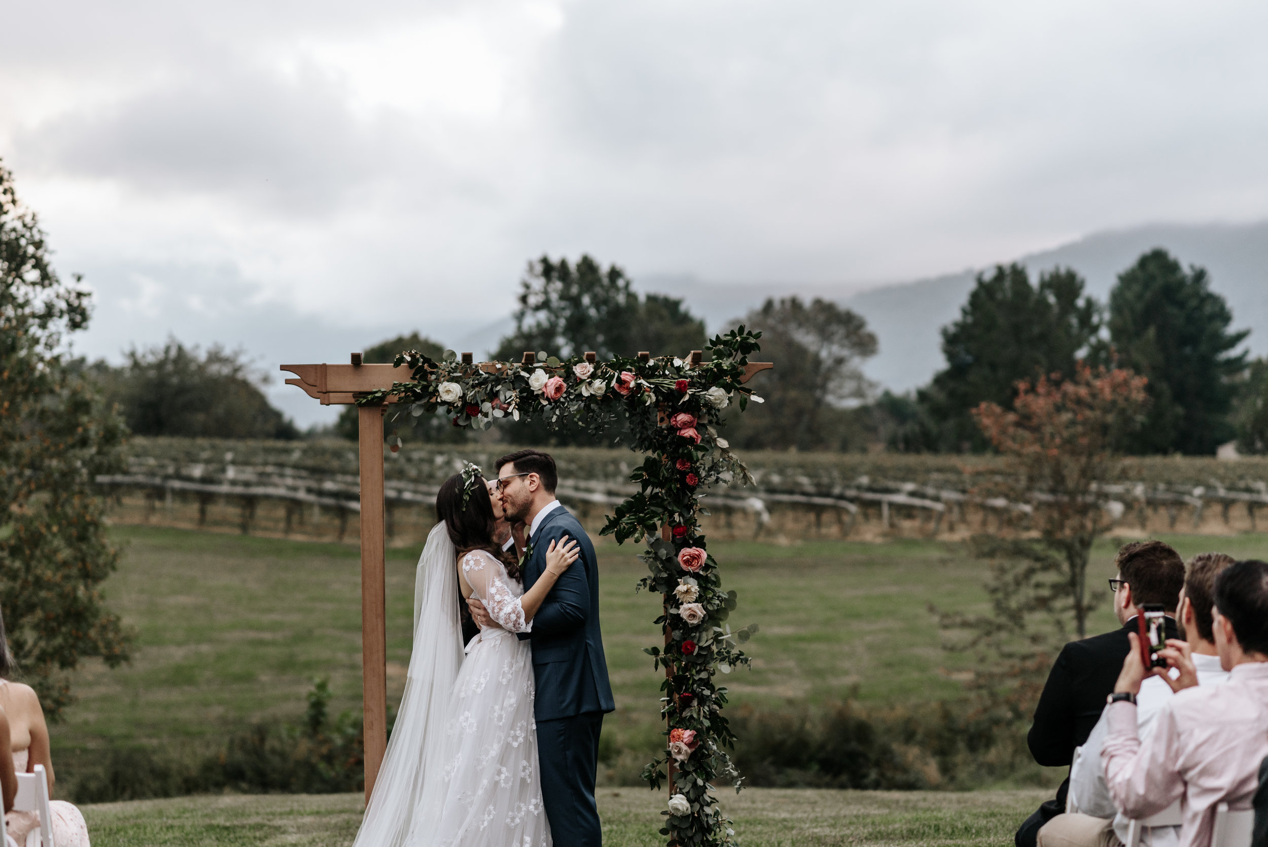 Veritas-Vineyards-and-Winery-Wedding-Photography-Afton-Virginia-Yasmin-Seth-Photography-by-V-2877.jpg
