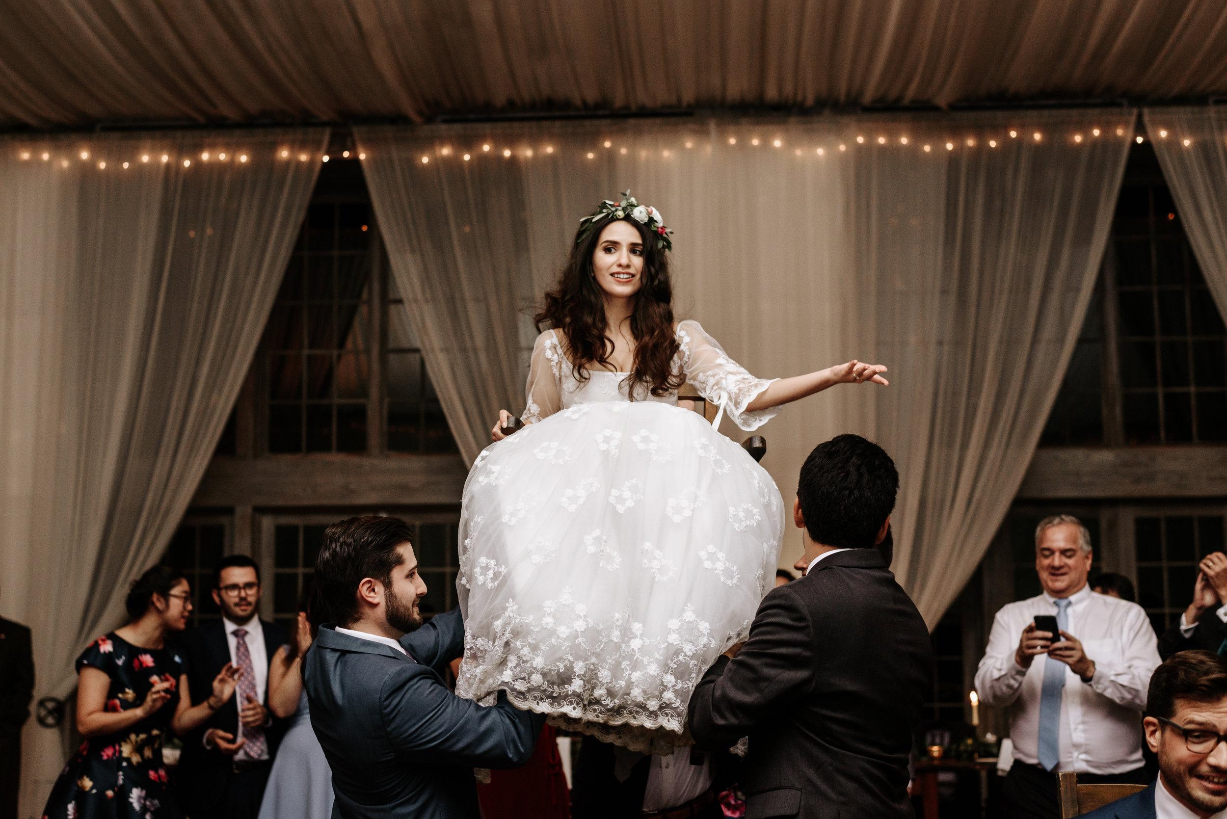 Veritas-Vineyards-and-Winery-Wedding-Photography-Afton-Virginia-Yasmin-Seth-Photography-by-V-3267.jpg