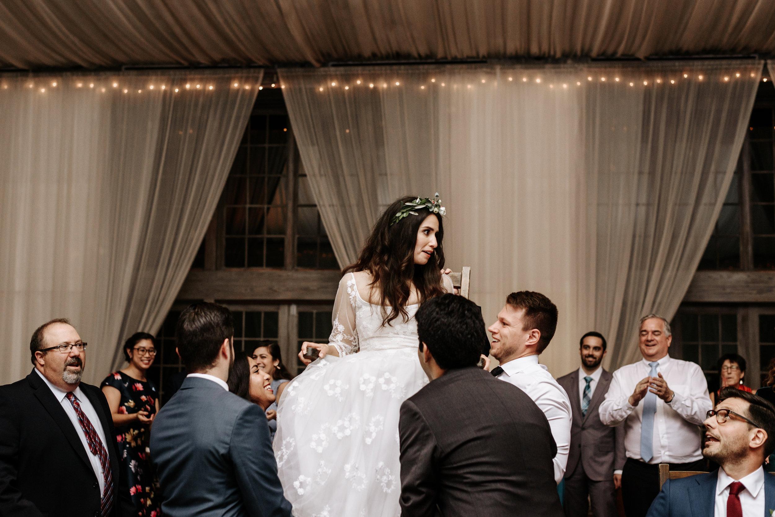 Veritas-Vineyards-and-Winery-Wedding-Photography-Afton-Virginia-Yasmin-Seth-Photography-by-V-3265.jpg