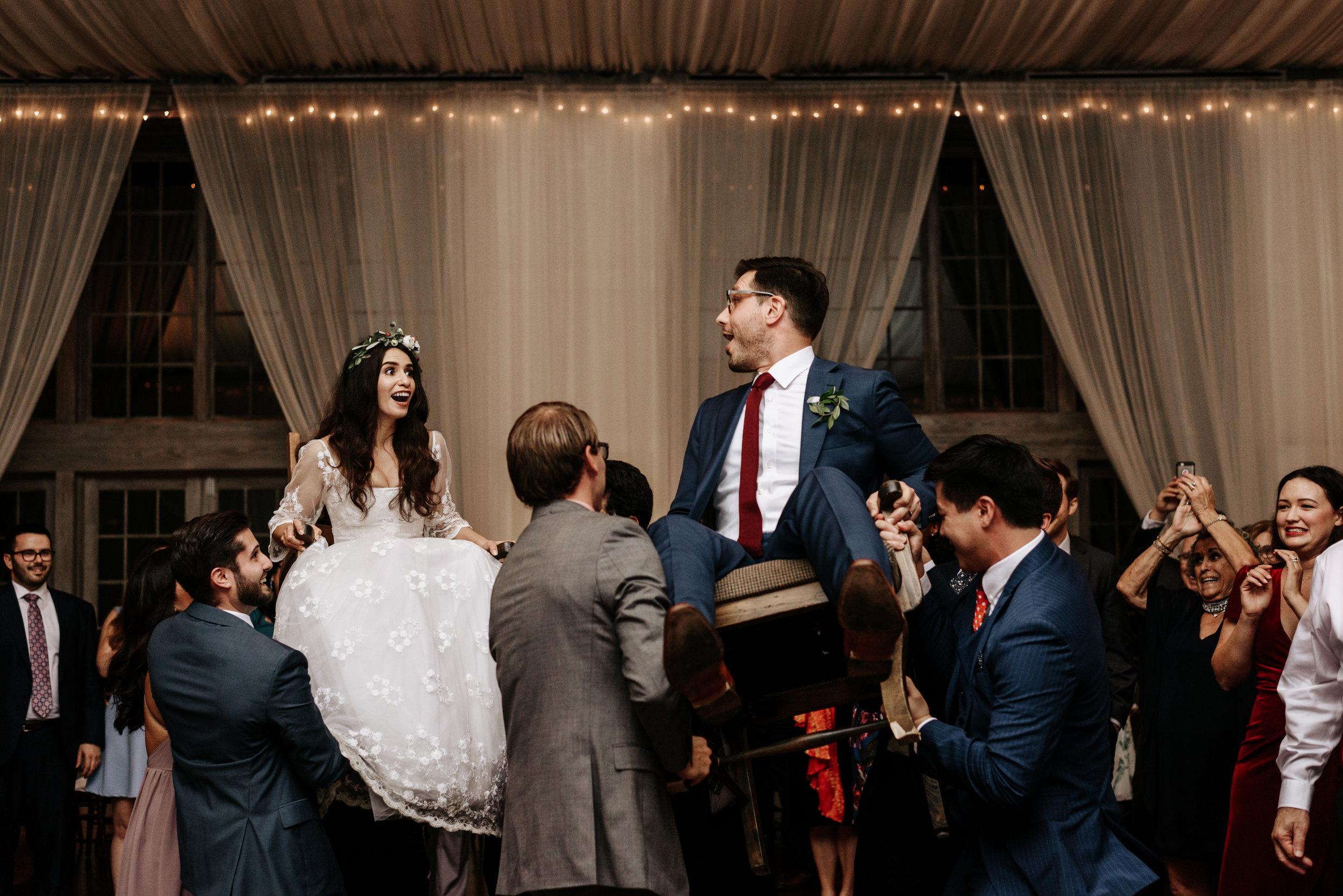 Veritas-Vineyards-and-Winery-Wedding-Photography-Afton-Virginia-Yasmin-Seth-Photography-by-V-3272.jpg