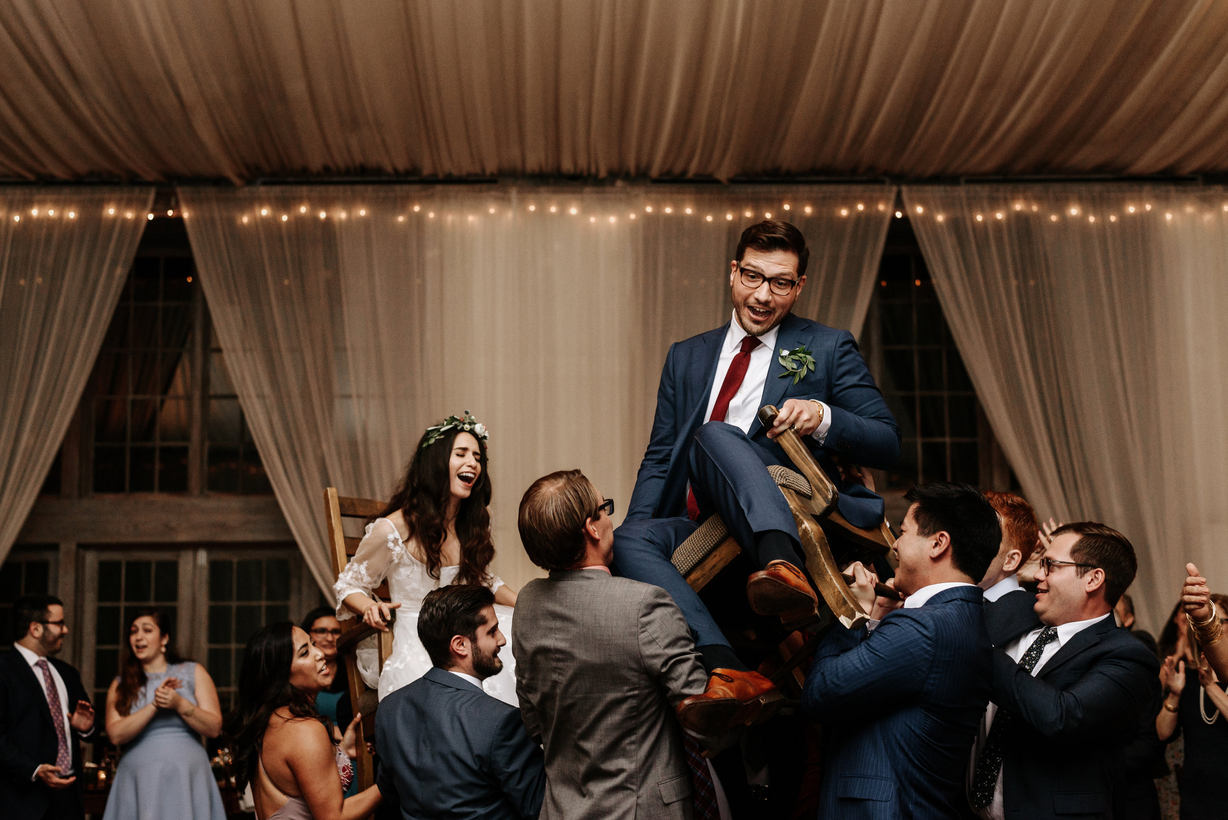 Veritas-Vineyards-and-Winery-Wedding-Photography-Afton-Virginia-Yasmin-Seth-Photography-by-V-3274.jpg