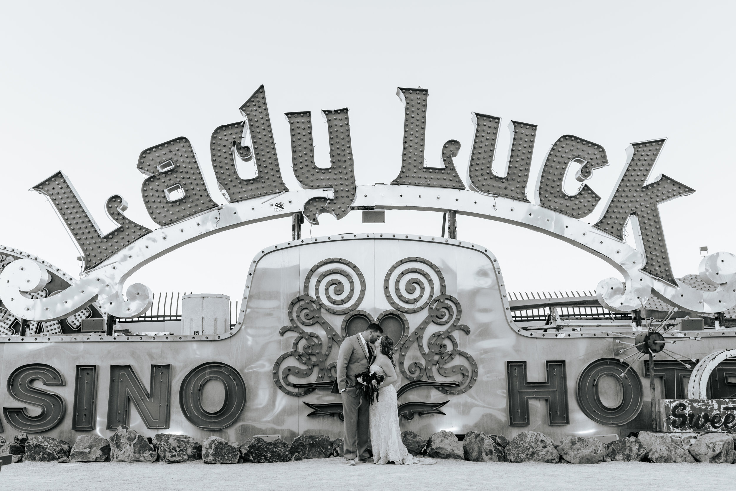 Neon-Museum-Wedding-Las-Vegas-Nevada-Golden-Nugget-Photography-by-V-Ally-and-Dan-3232.jpg