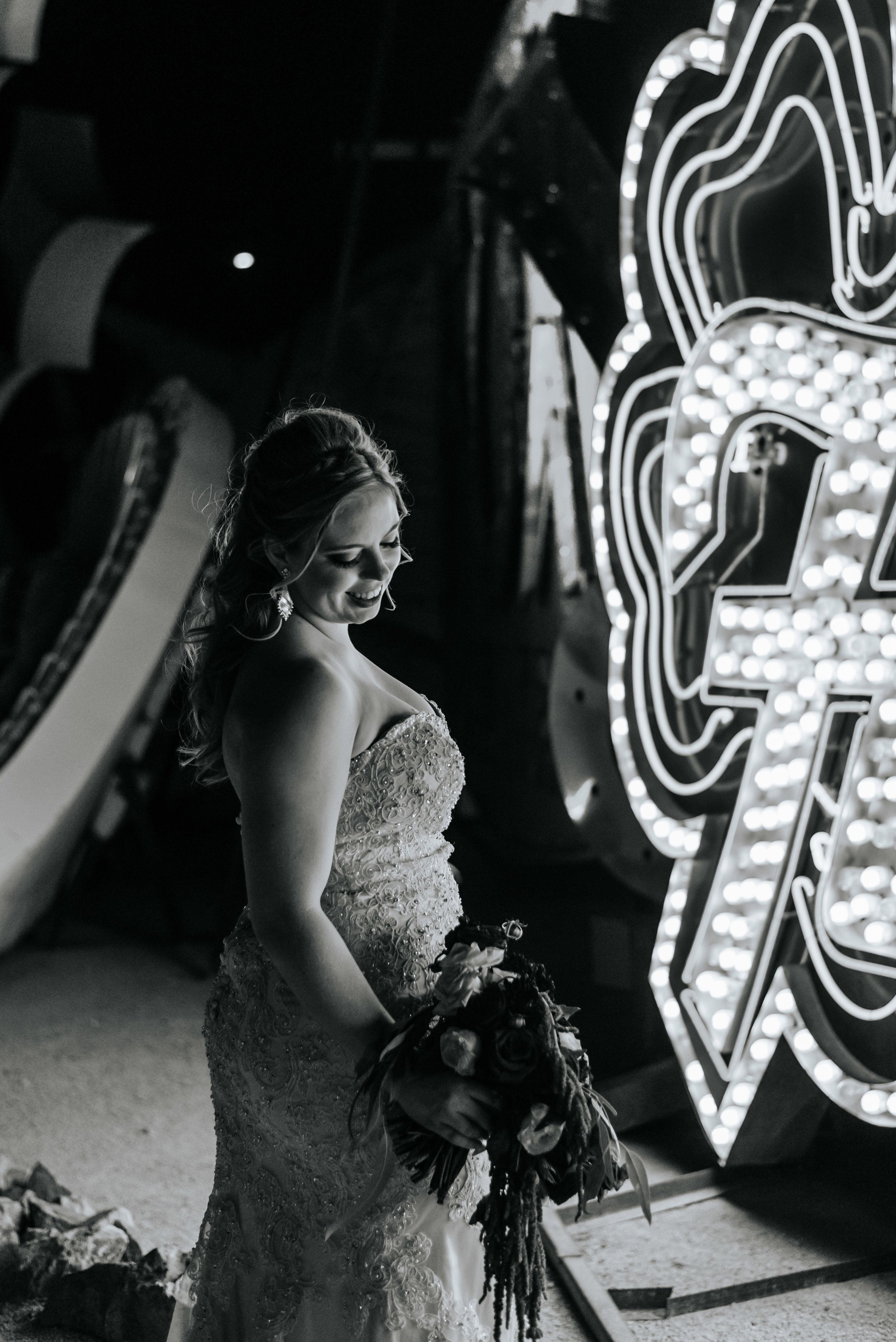 Neon-Museum-Wedding-Las-Vegas-Nevada-Golden-Nugget-Photography-by-V-Ally-and-Dan-7001.jpg
