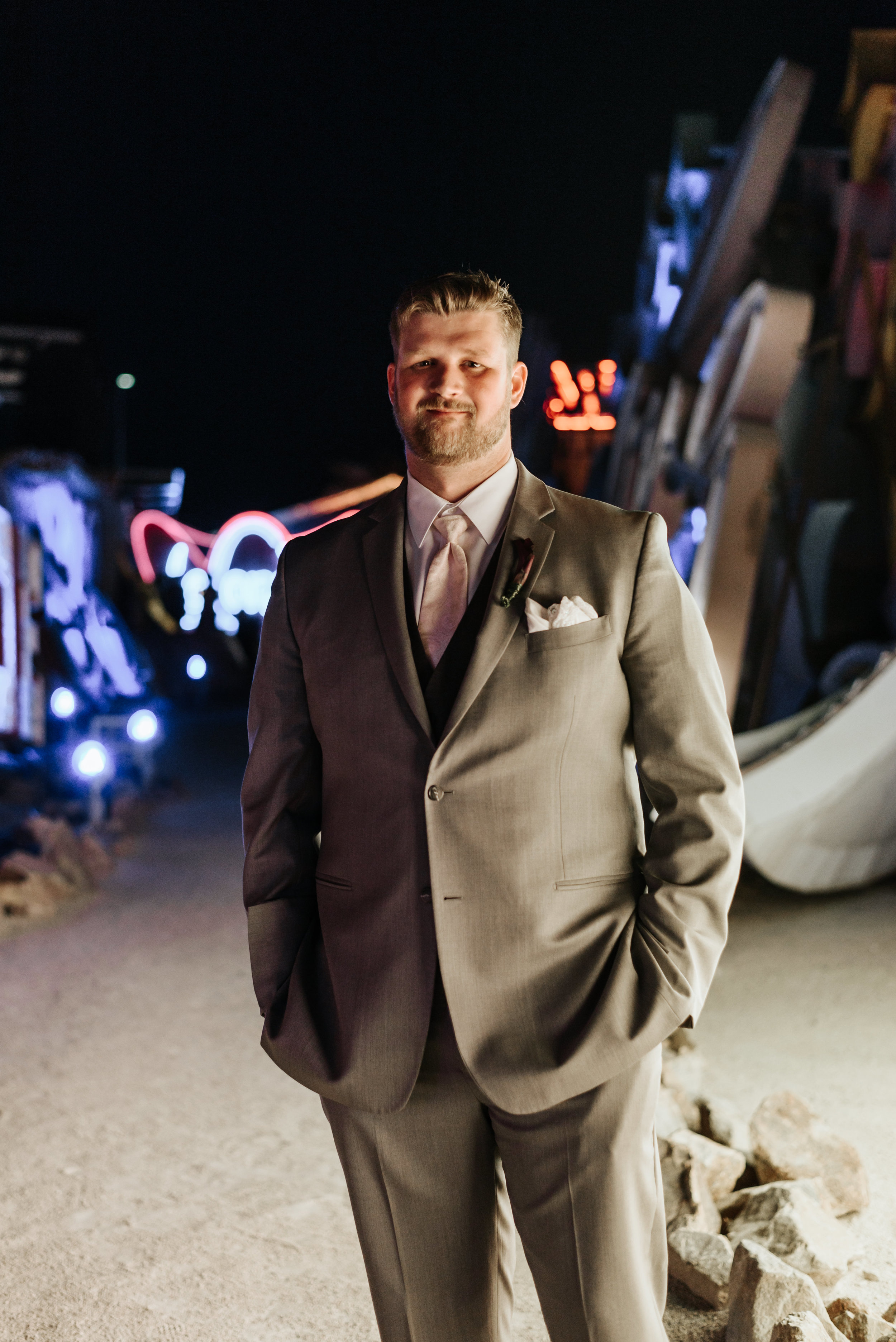 Neon-Museum-Wedding-Las-Vegas-Nevada-Golden-Nugget-Photography-by-V-Ally-and-Dan-7008.jpg