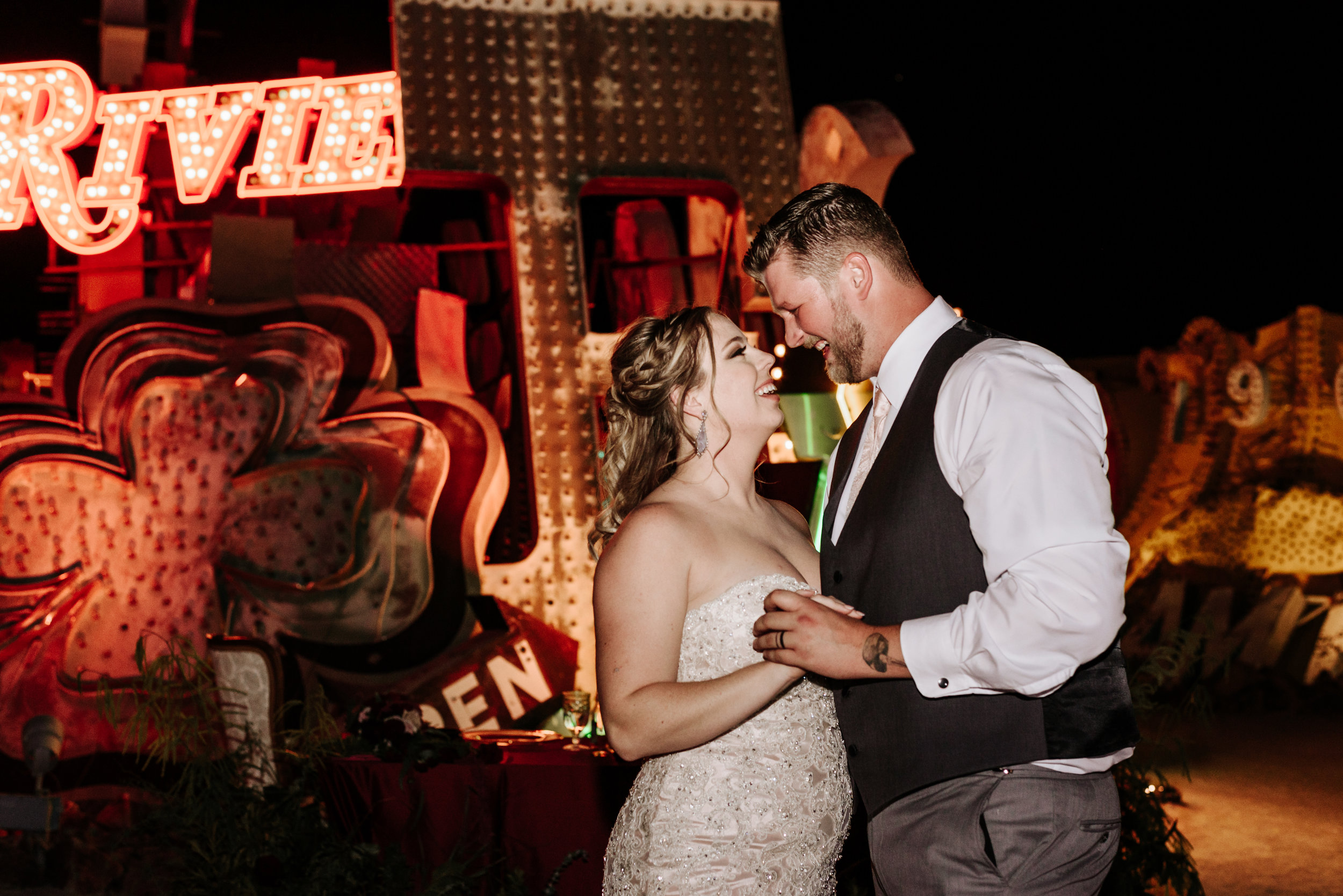 Neon-Museum-Wedding-Las-Vegas-Nevada-Golden-Nugget-Photography-by-V-Ally-and-Dan-7140.jpg