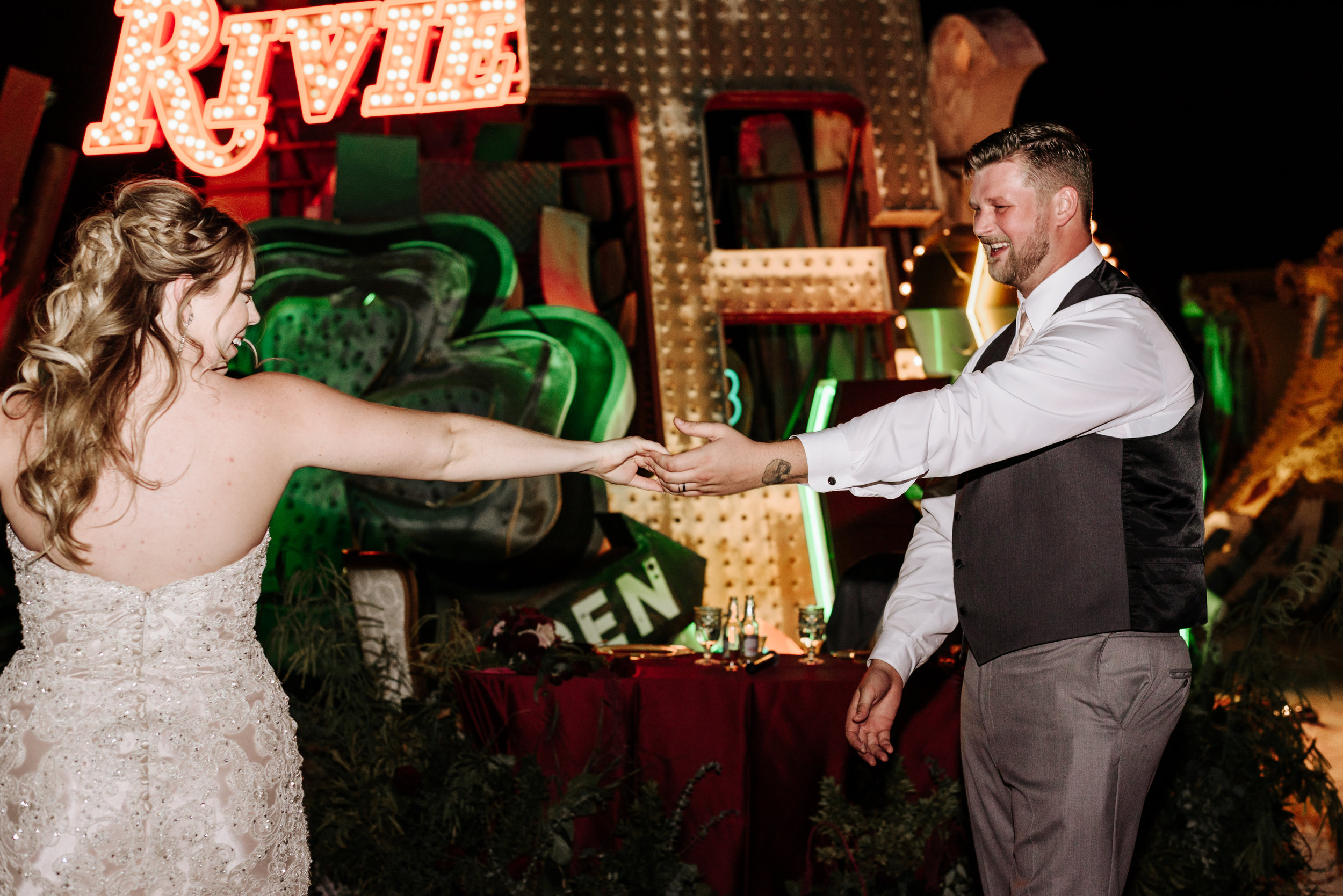 Neon-Museum-Wedding-Las-Vegas-Nevada-Golden-Nugget-Photography-by-V-Ally-and-Dan-7143.jpg