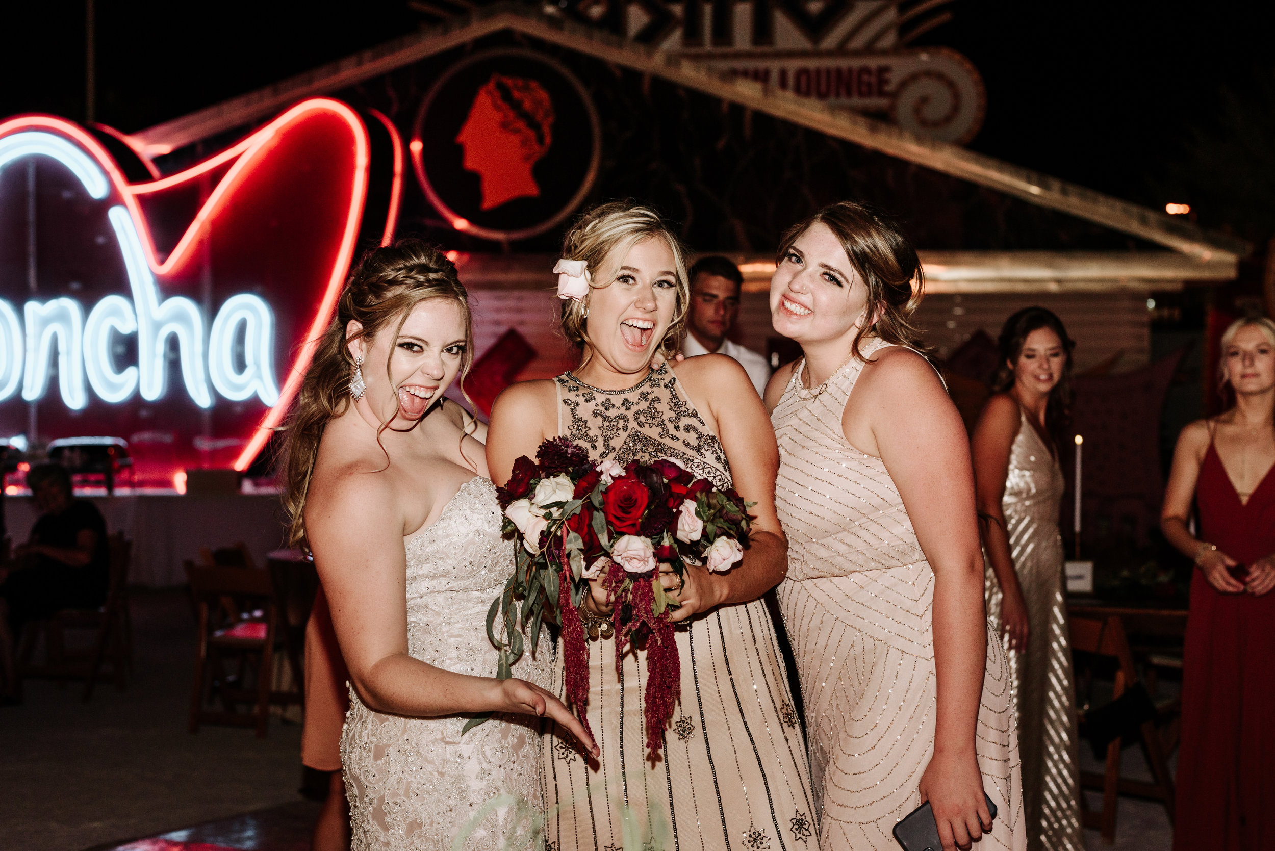 Neon-Museum-Wedding-Las-Vegas-Nevada-Golden-Nugget-Photography-by-V-Ally-and-Dan-7310.jpg