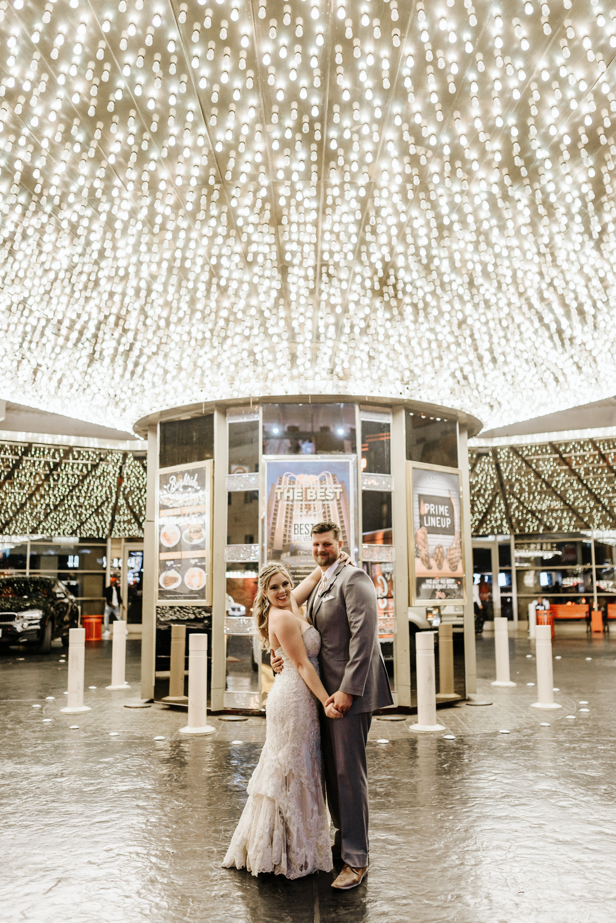 Neon-Museum-Wedding-Las-Vegas-Nevada-Golden-Nugget-Photography-by-V-Ally-and-Dan-3434.jpg