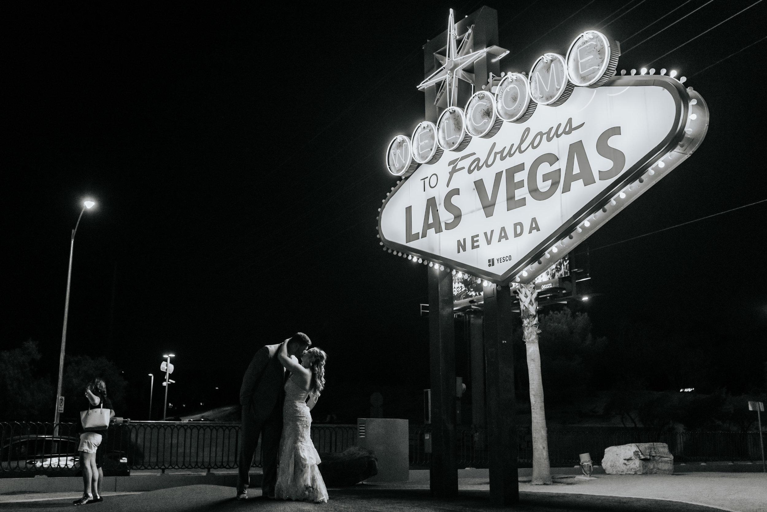 Neon-Museum-Wedding-Las-Vegas-Nevada-Golden-Nugget-Photography-by-V-Ally-and-Dan-3404-2.jpg