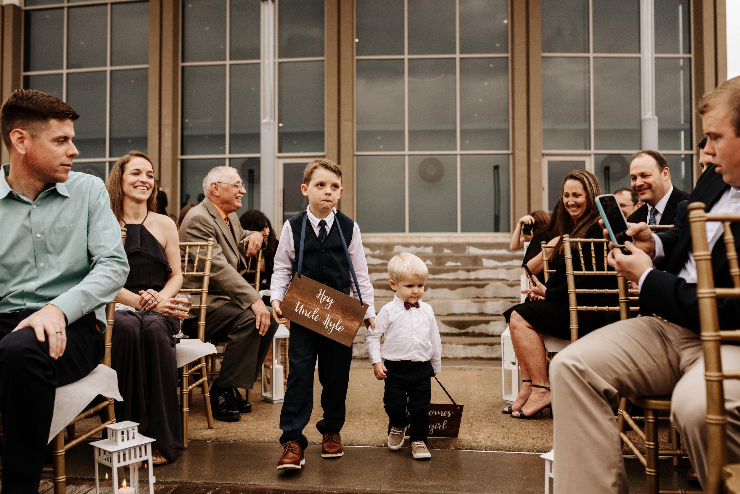 Lauren-Kyle-Brannon-Civic-Center-Wedding-Orlando-Wedding-Photographer-Photography-by-V-0673.jpg