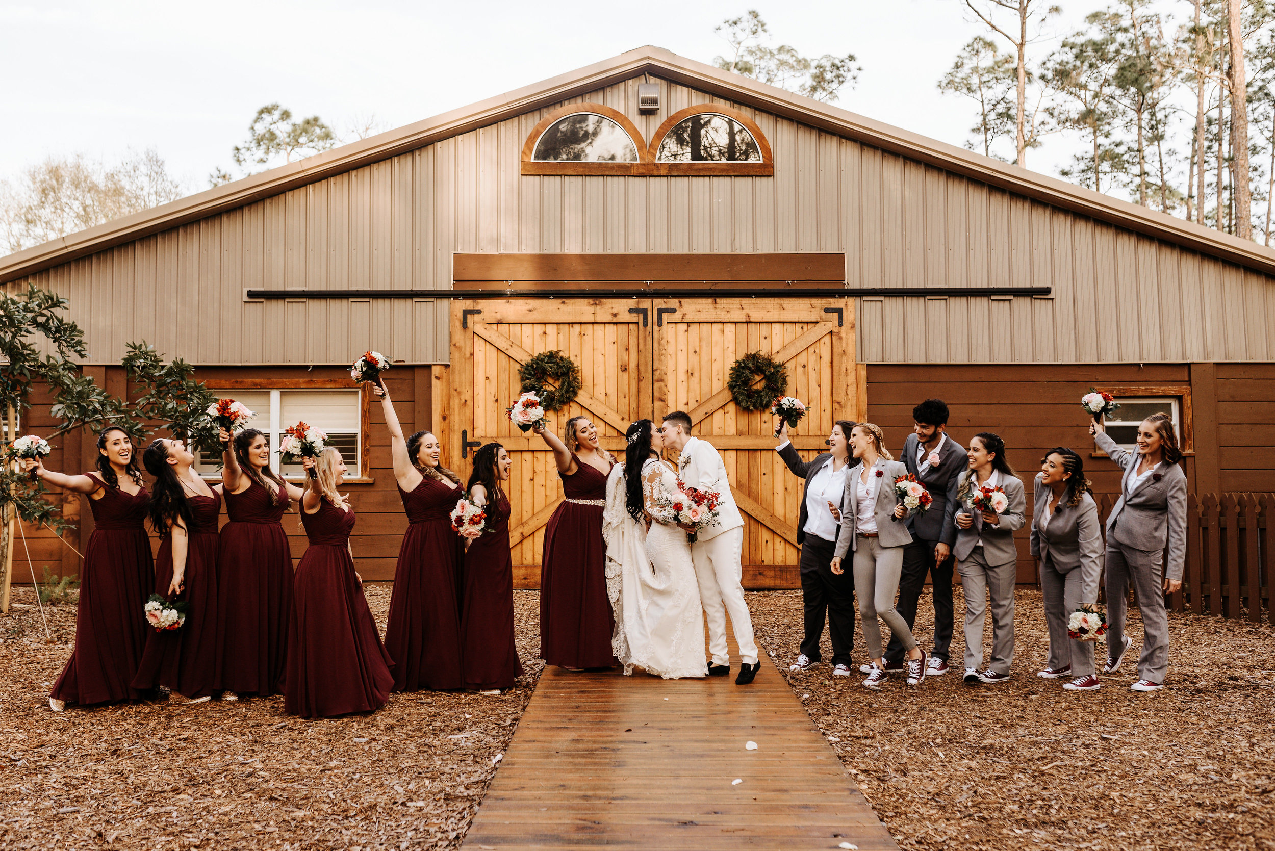 Alexia_Celeste_Wedding_Cielo_Blu_Barn_Photography_by_V_6544.jpg