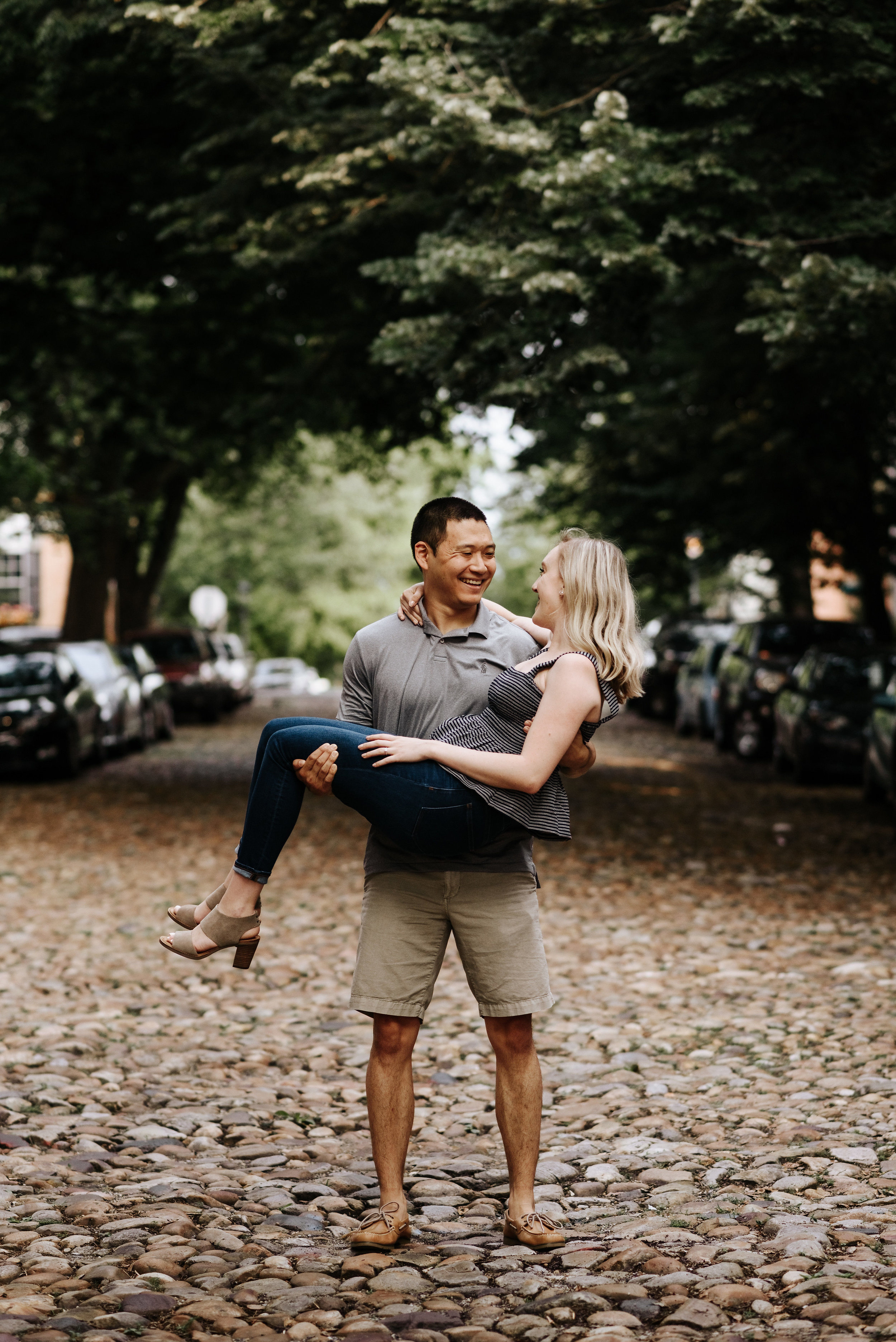 Bella_Alec_Old_Town_Alexandria_Engagement_Session_Photography_by_V_5737.jpg