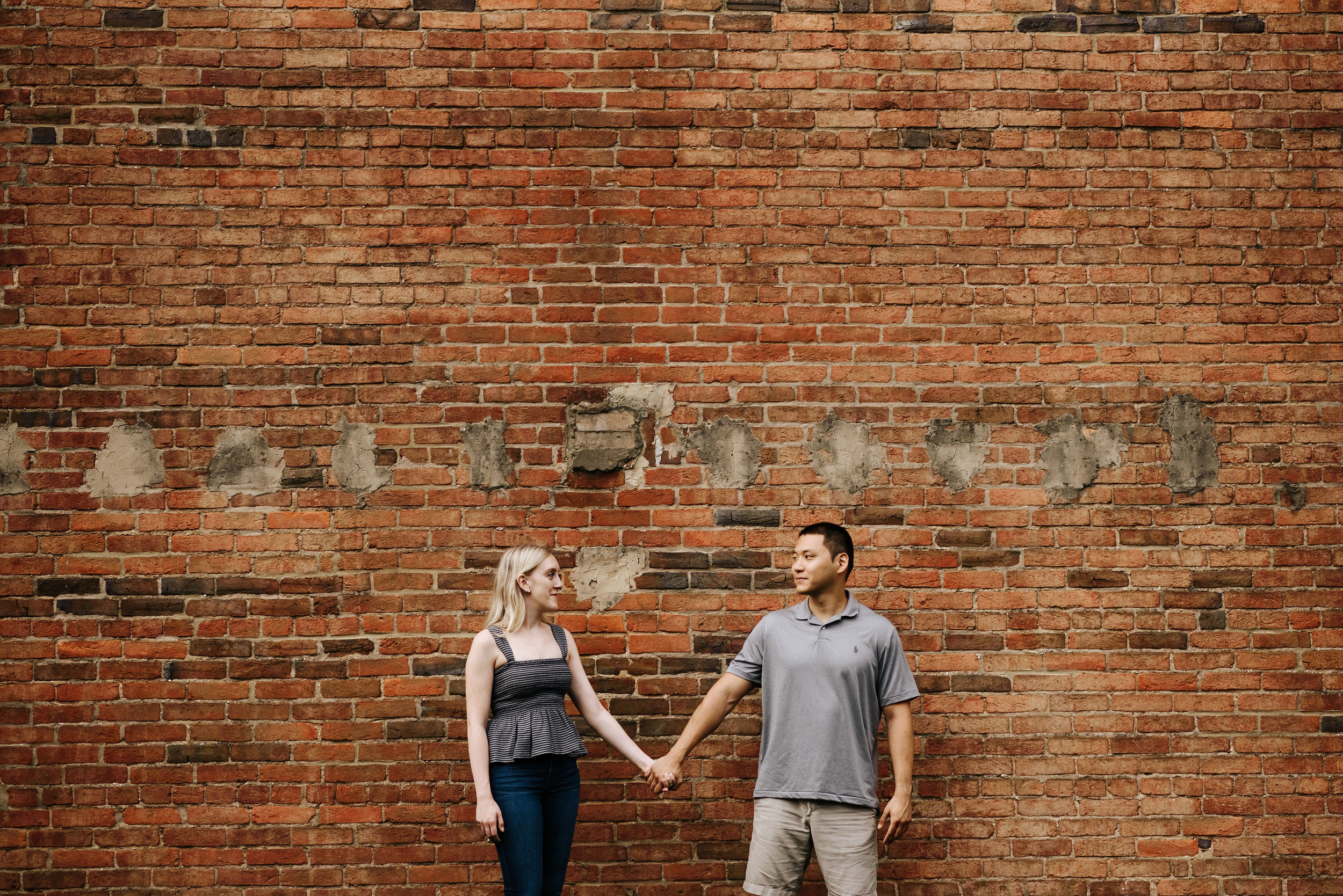 Bella_Alec_Old_Town_Alexandria_Engagement_Session_Photography_by_V_5829.jpg