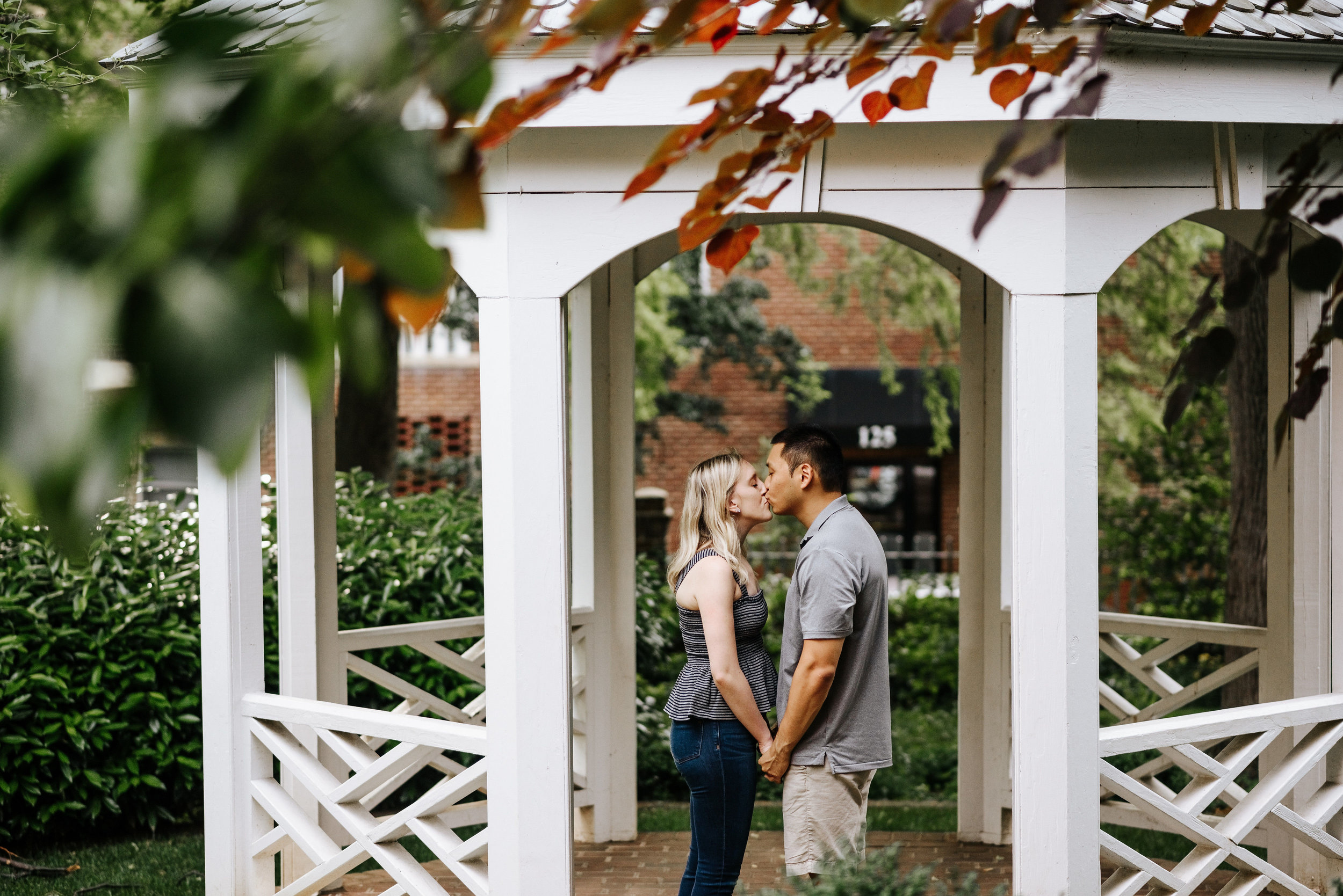 Bella_Alec_Old_Town_Alexandria_Engagement_Session_Photography_by_V_5889.jpg