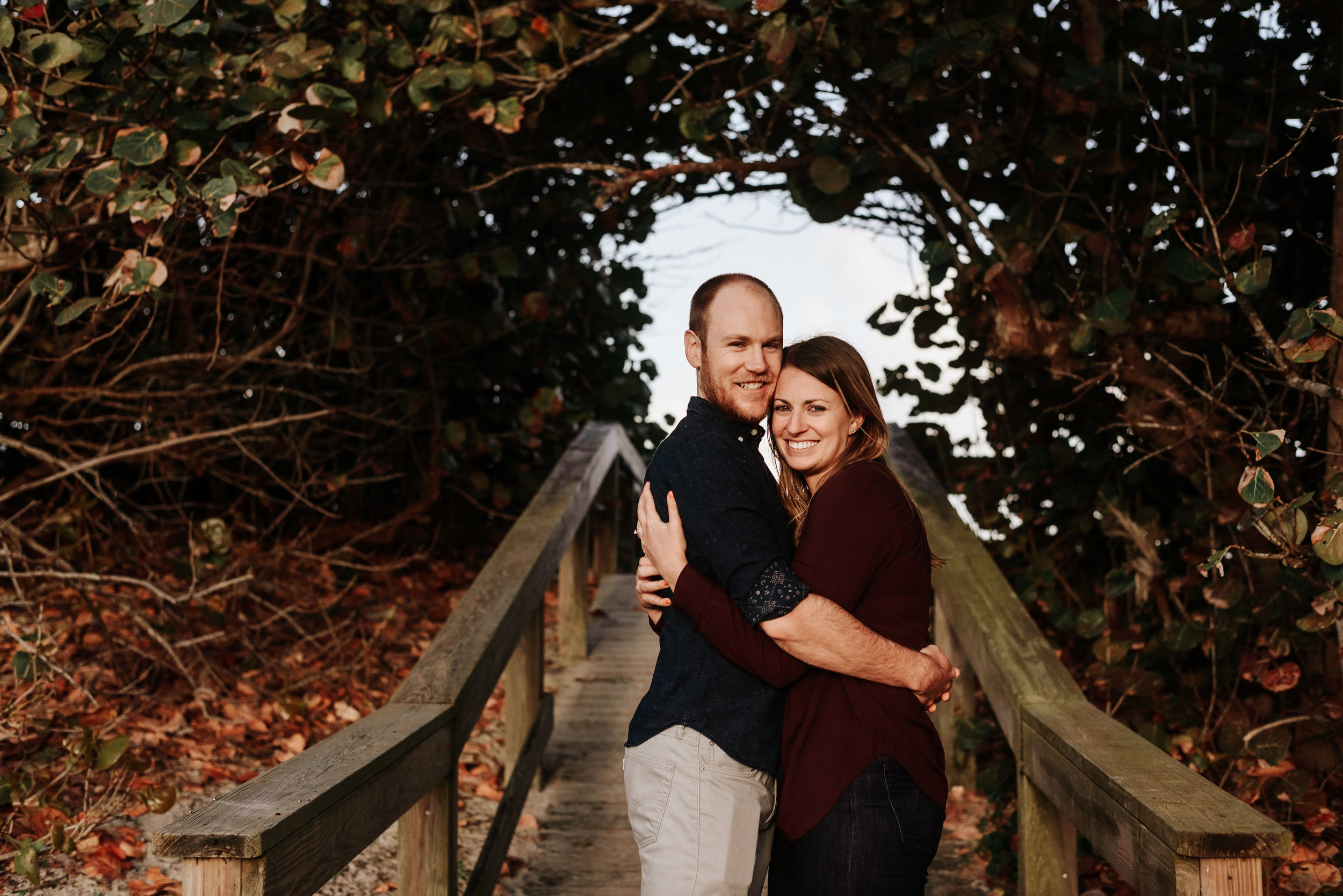 Courtney_Luke_Wedding_Engagement_Session_Cocoa_Beach_Florida_Photography_by_V_4443.jpg