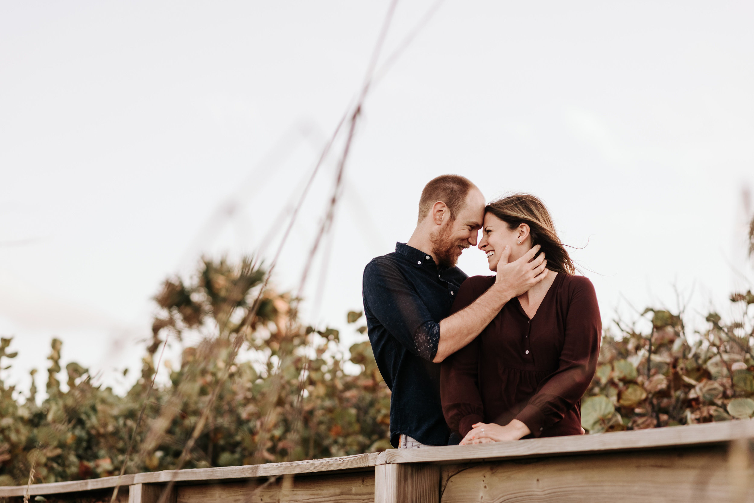 Courtney_Luke_Wedding_Engagement_Session_Cocoa_Beach_Florida_Photography_by_V_4611.jpg