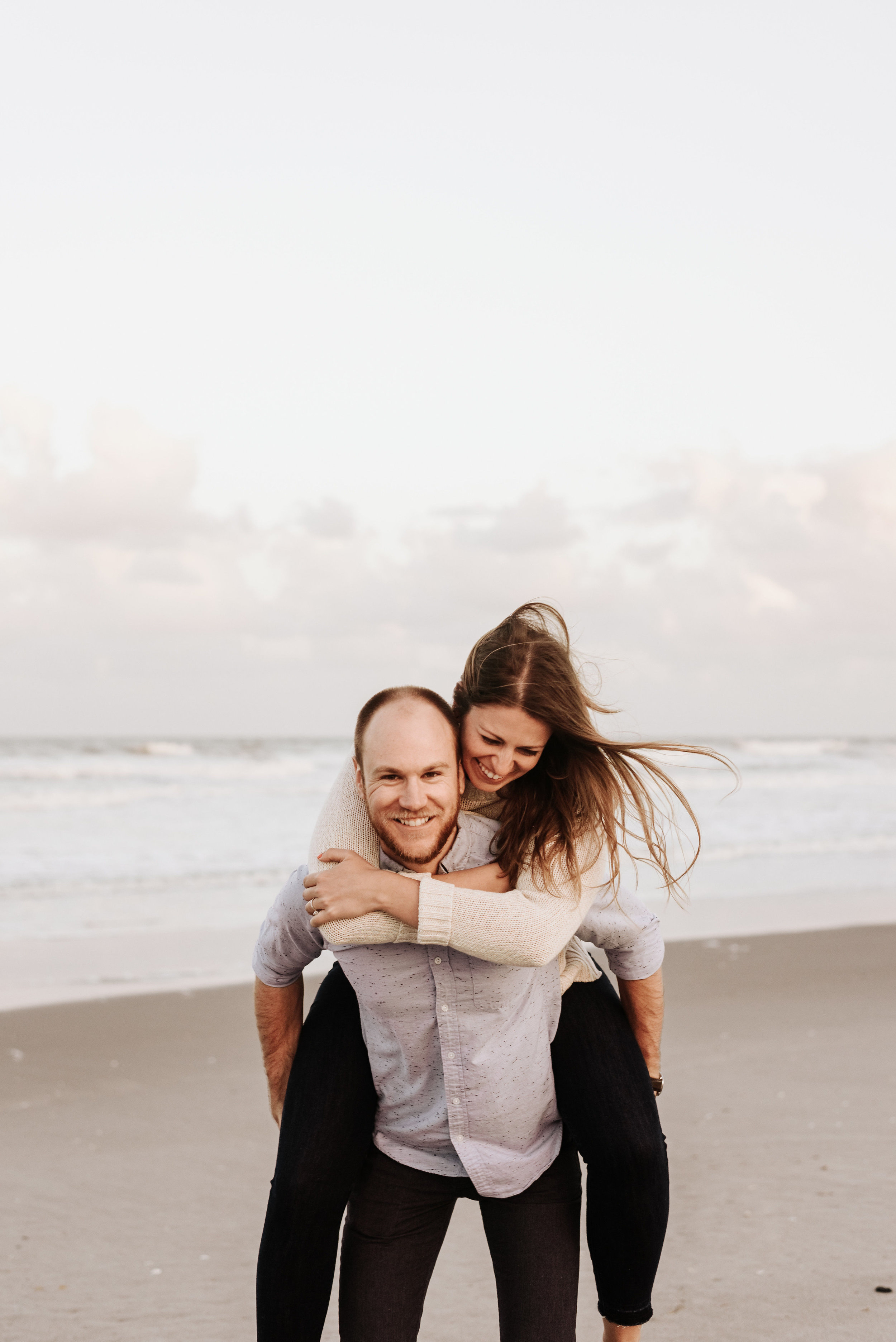 Courtney_Luke_Wedding_Engagement_Session_Cocoa_Beach_Florida_Photography_by_V_4835.jpg
