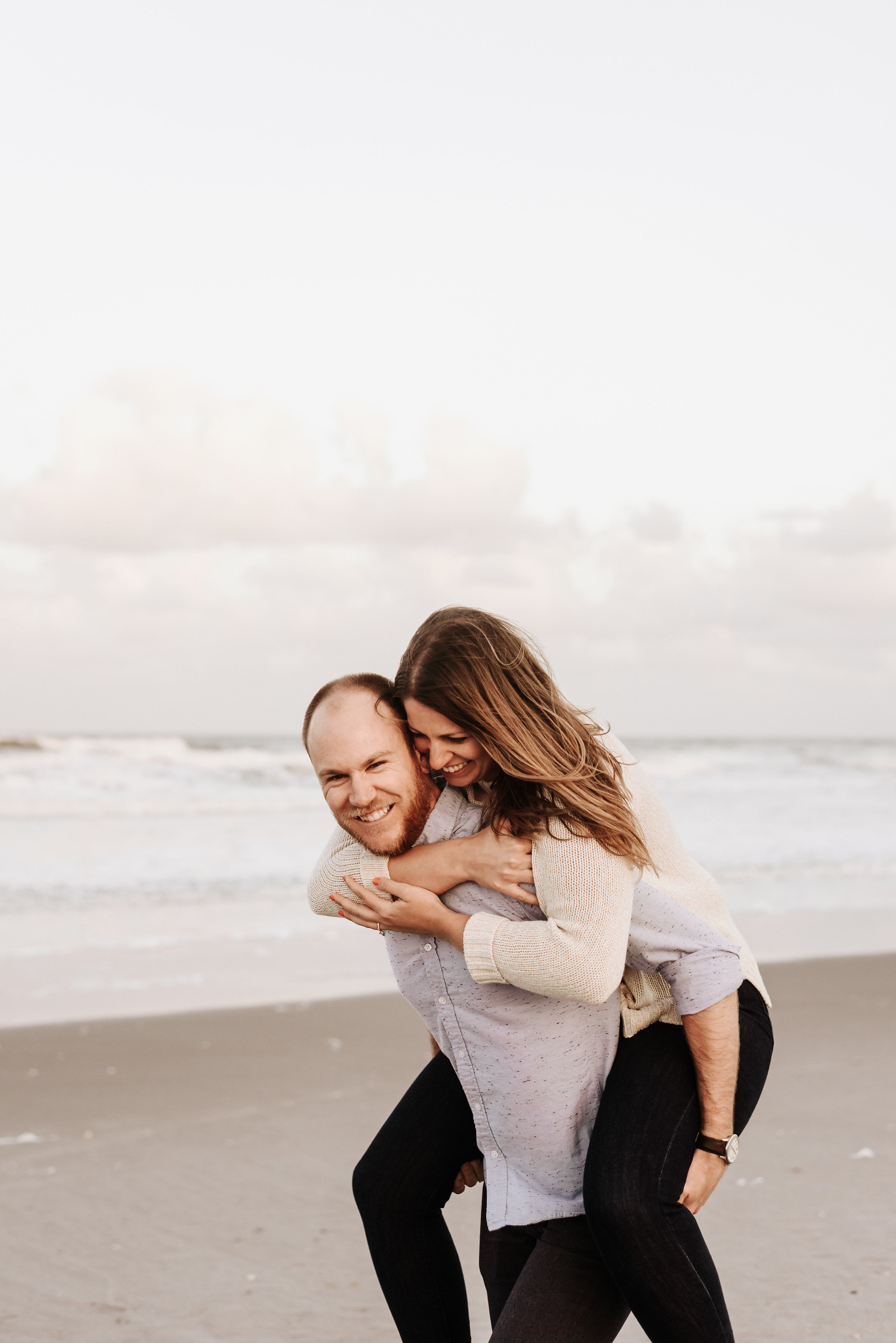 Courtney_Luke_Wedding_Engagement_Session_Cocoa_Beach_Florida_Photography_by_V_4836.jpg