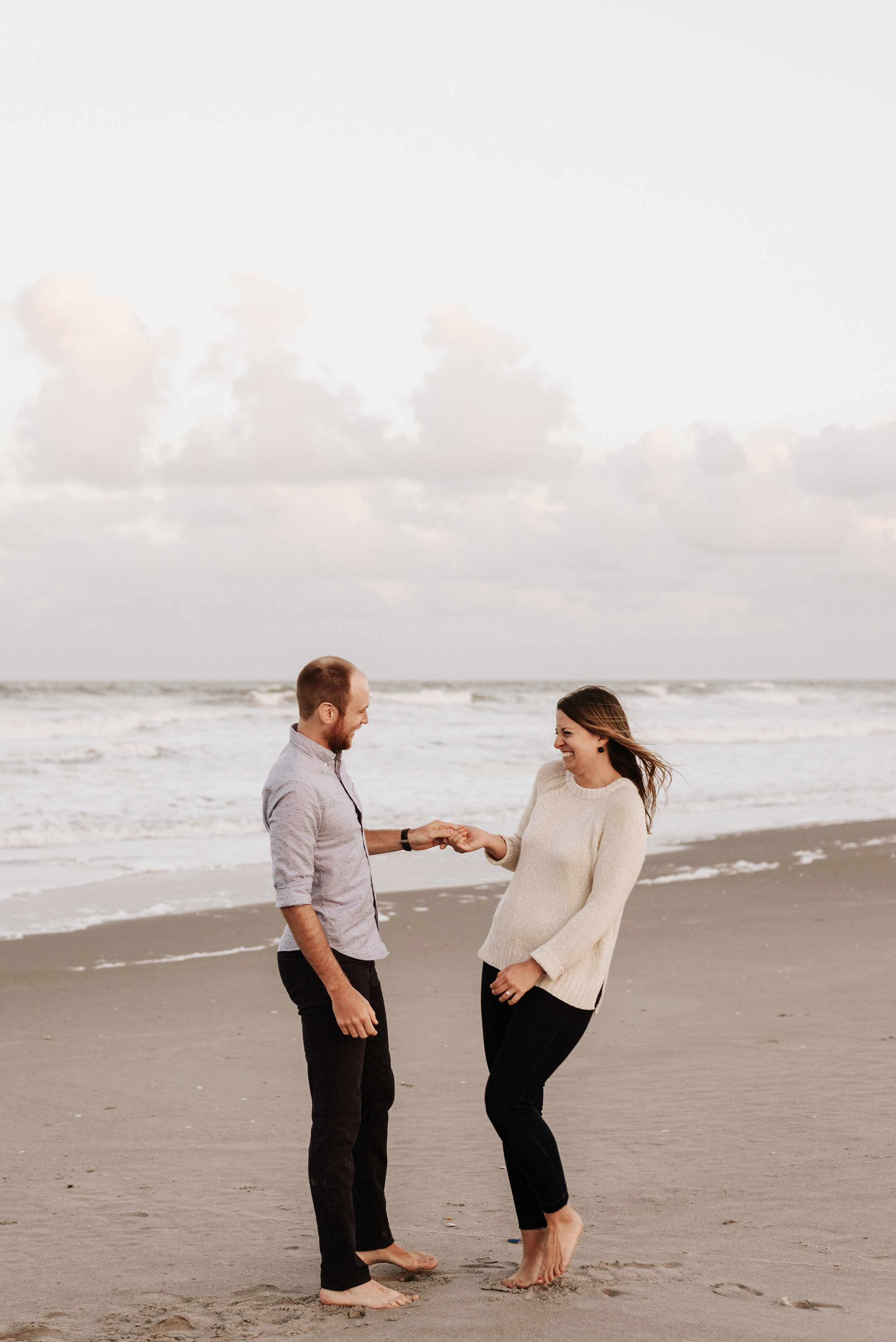 Courtney_Luke_Wedding_Engagement_Session_Cocoa_Beach_Florida_Photography_by_V_4887.jpg
