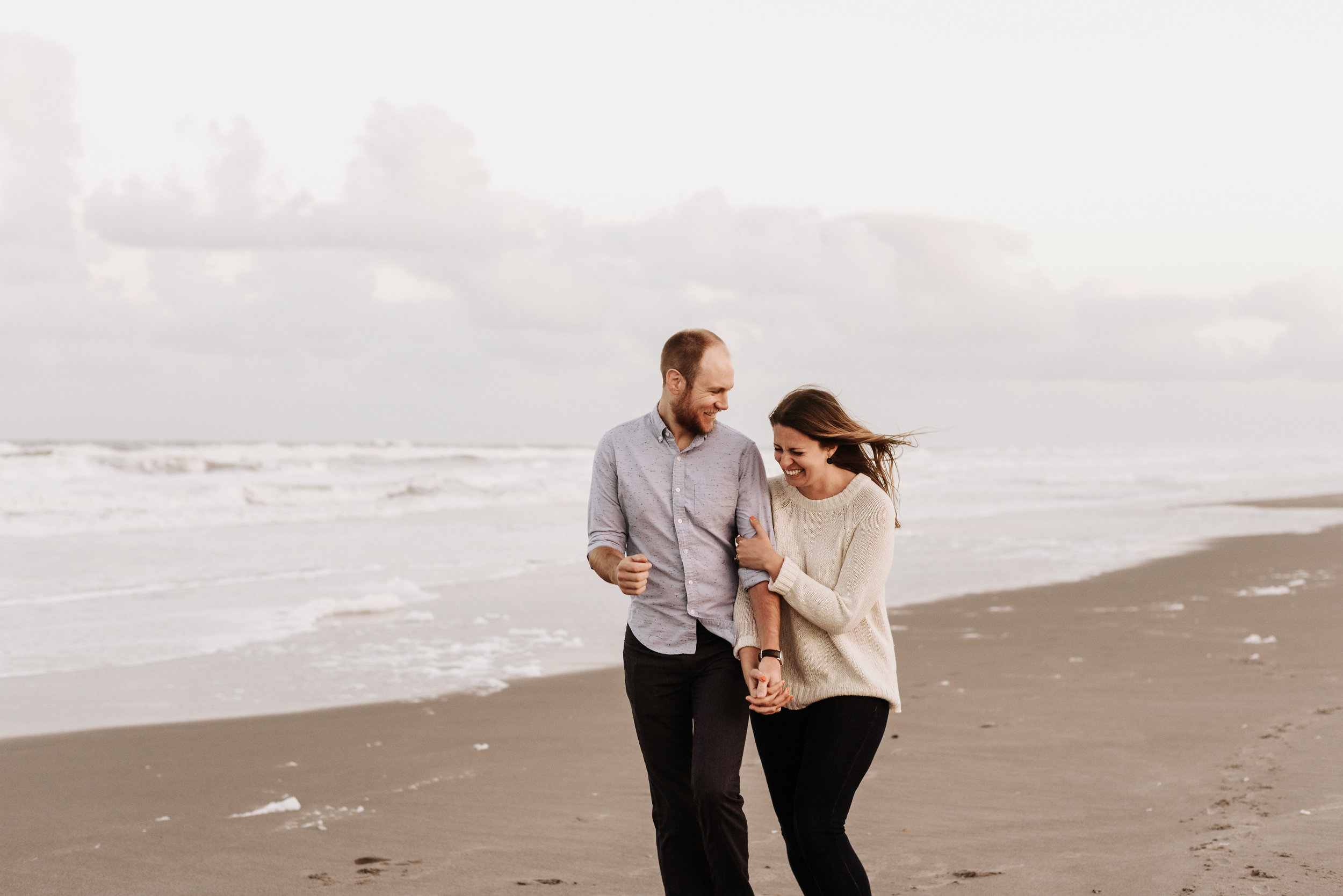 Courtney_Luke_Wedding_Engagement_Session_Cocoa_Beach_Florida_Photography_by_V_4947.jpg