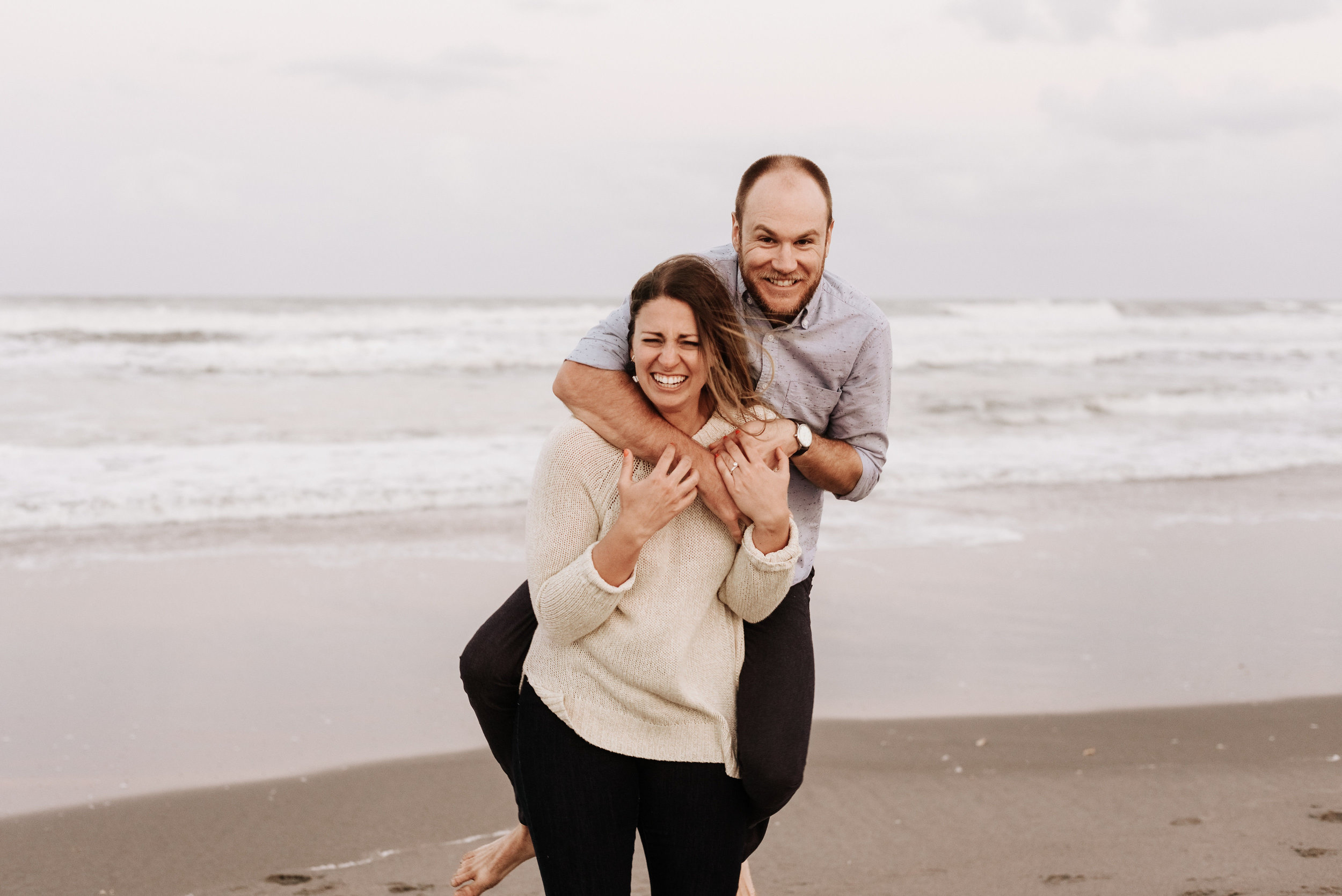 Courtney_Luke_Wedding_Engagement_Session_Cocoa_Beach_Florida_Photography_by_V_5019.jpg